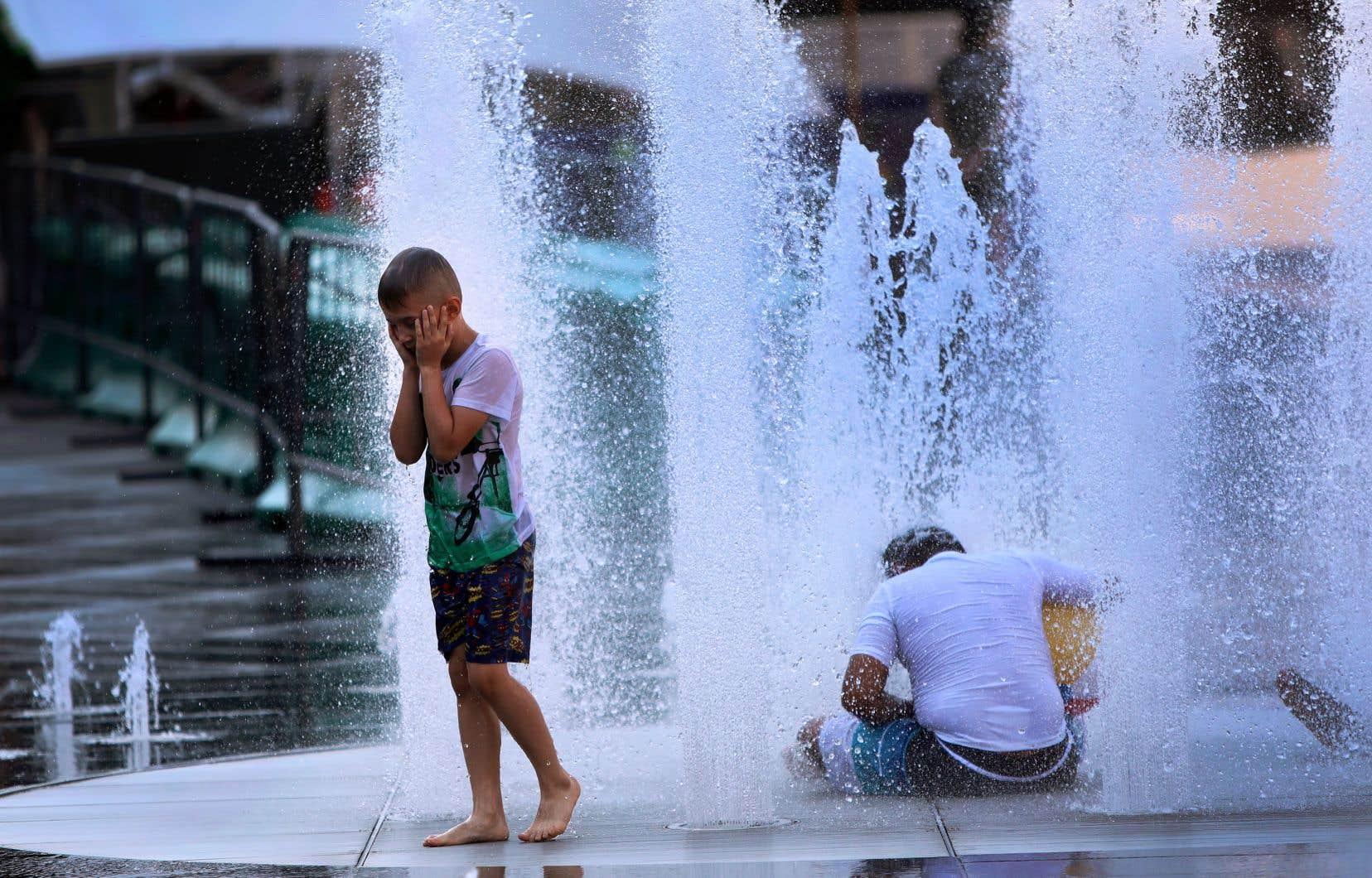 Au cours de la semaine, les températures et l'humidité ont battu des records.