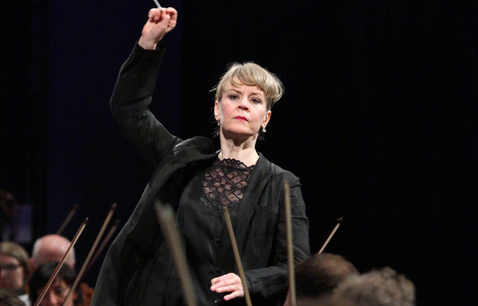 Susanna Mälkki a dirigé, samedi, un concert important en vue de la succession de Kent Nagano.