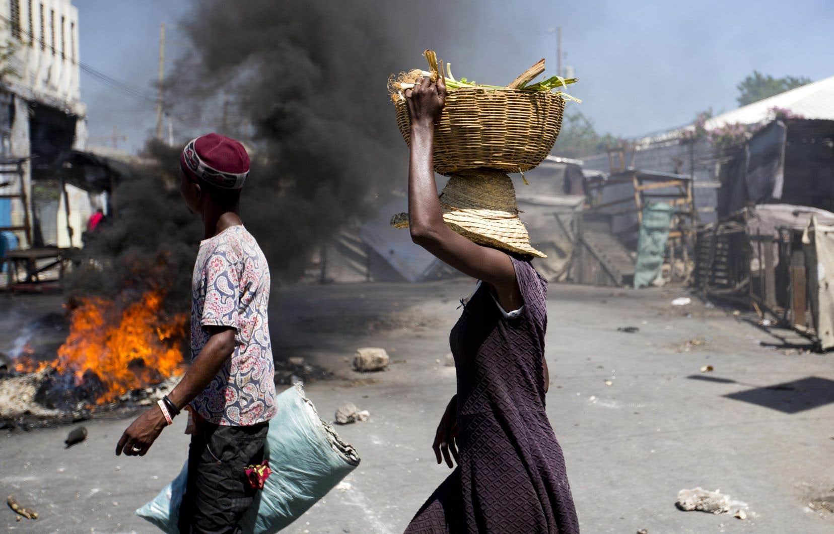 La circulation était faible et les transports publics interrompus lundi, à Port-au-Prince.