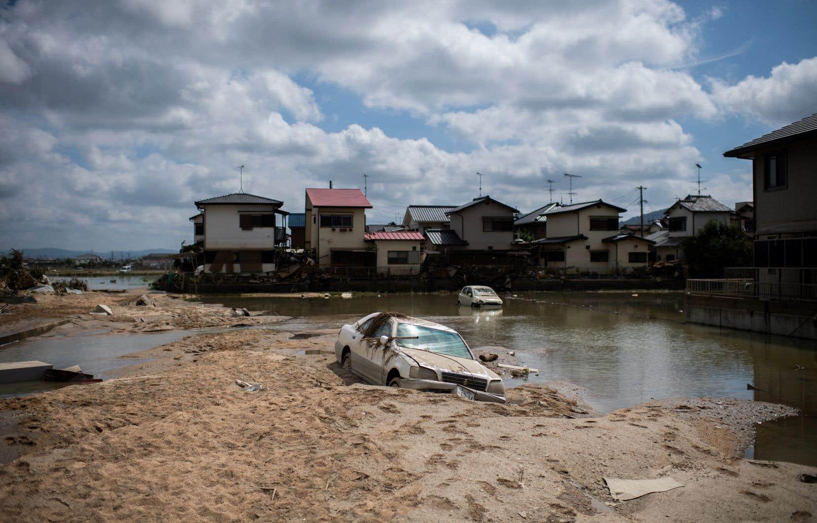 <p>Il s'agit de la plus grave catastrophe météorologique depuis 1982 au Japon.</p>