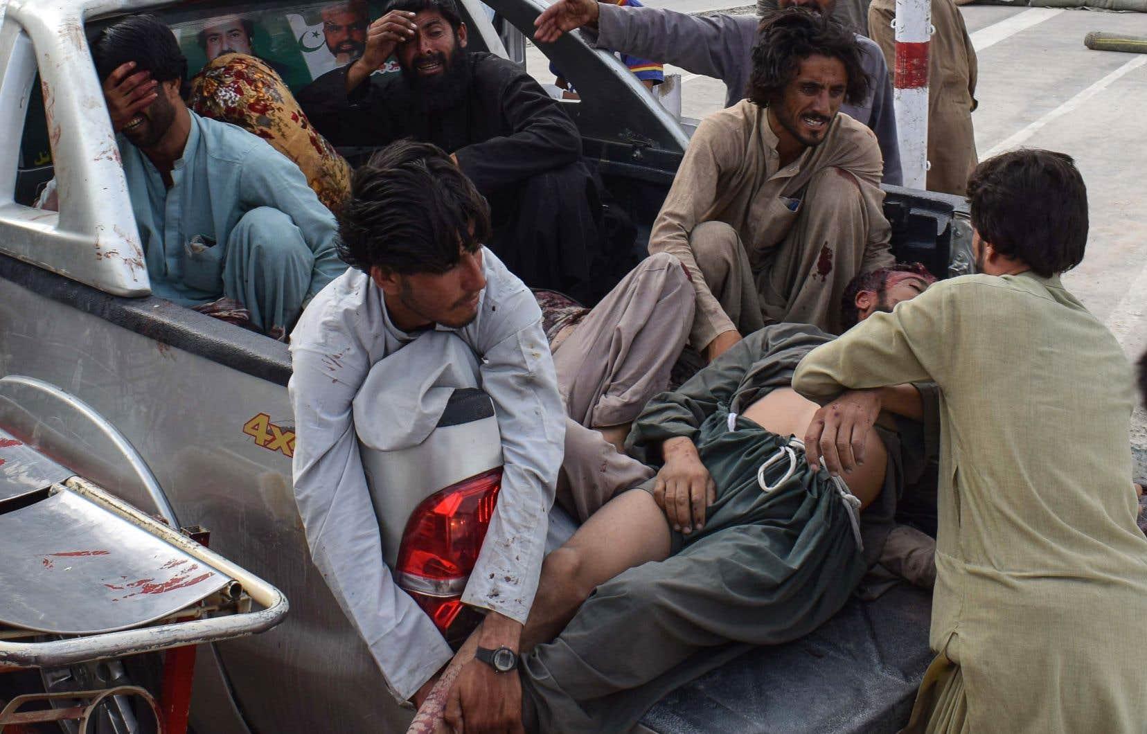 L'évacuation des victimes du site de l'attentat a elle-même pris un tour cauchemardesque.