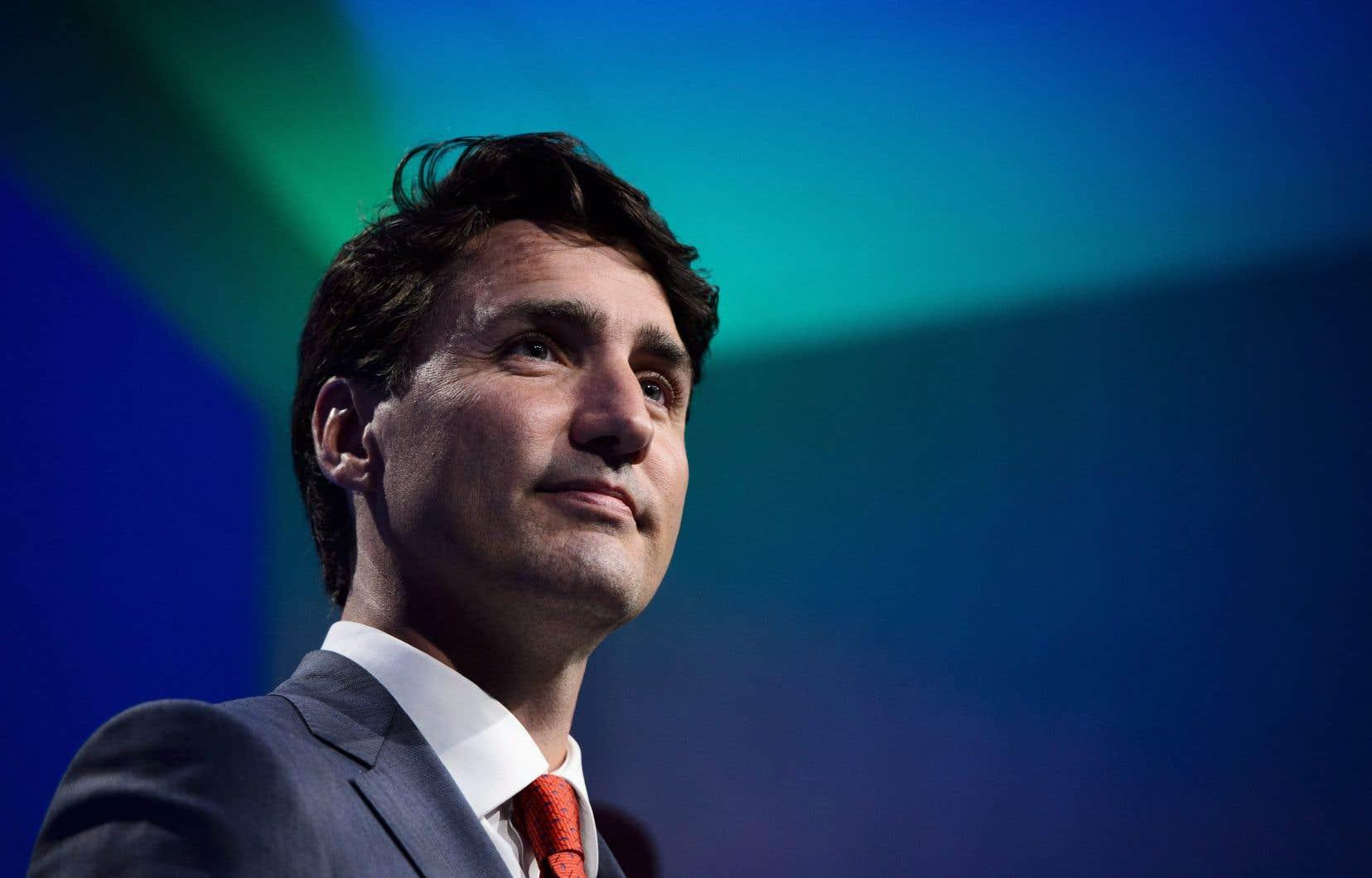 Les changements de Justin Trudeau feront grossir le cabinet en y ajoutant de nouvelles fonctions pour faire valoir certains députés qui prennent du galon.