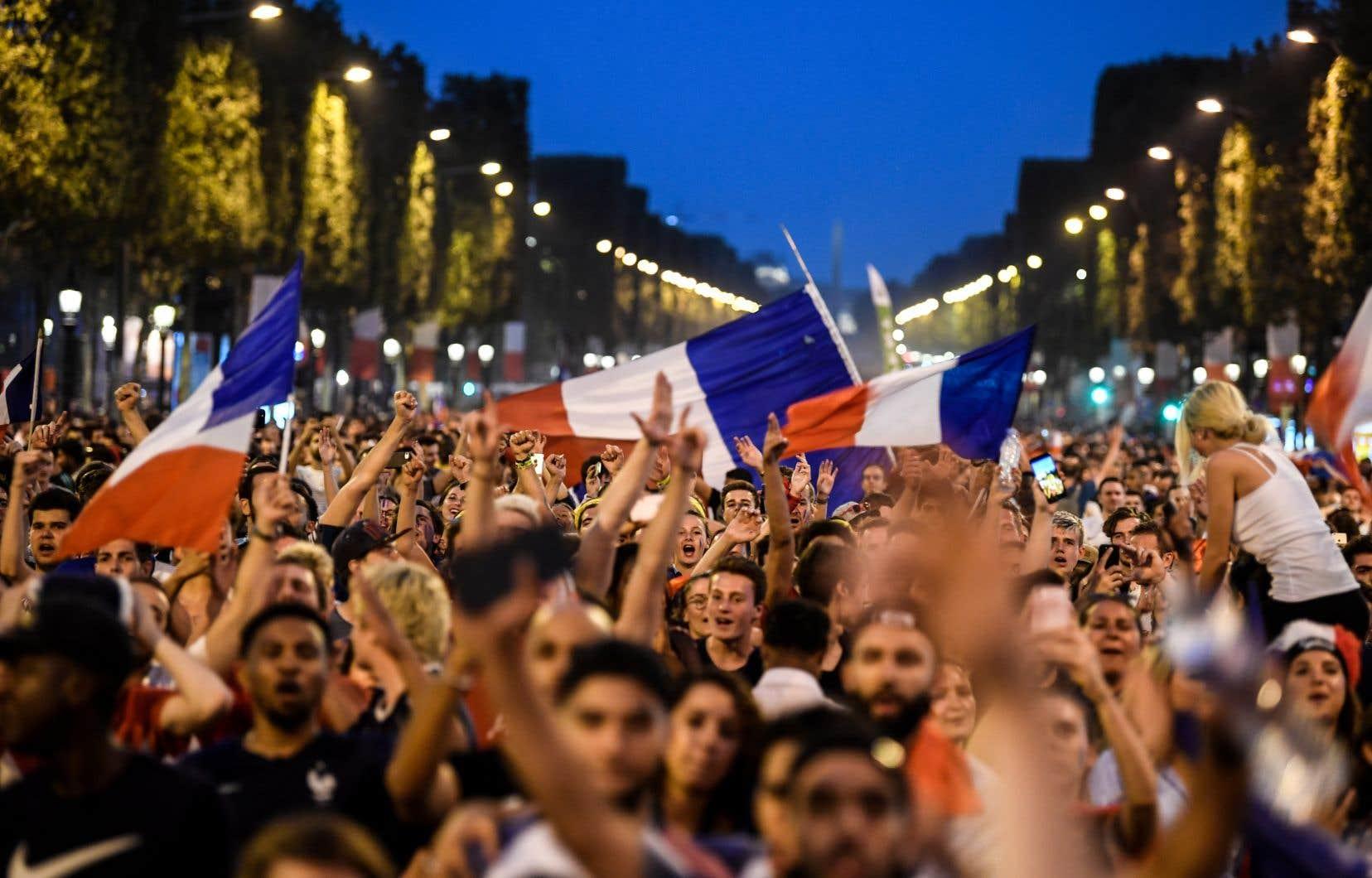 Deux personnes ont été placées en garde à vue à Paris, soupçonnées d'agressions sexuelles à l'occasion de la finale. Parmi elles, un mineur a été présenté à un juge des enfants mardi.
