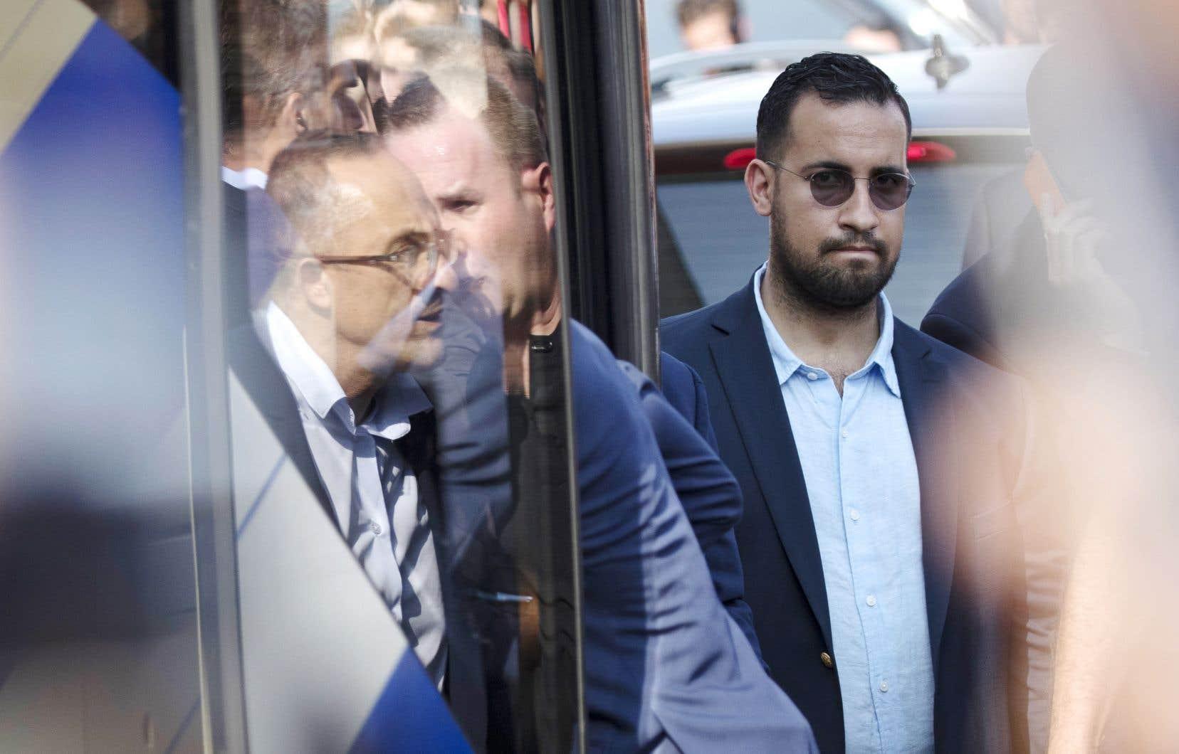 Alexandre Benalla a été accusé dimanche pour «violences» lors des manifestations du 1ermai.