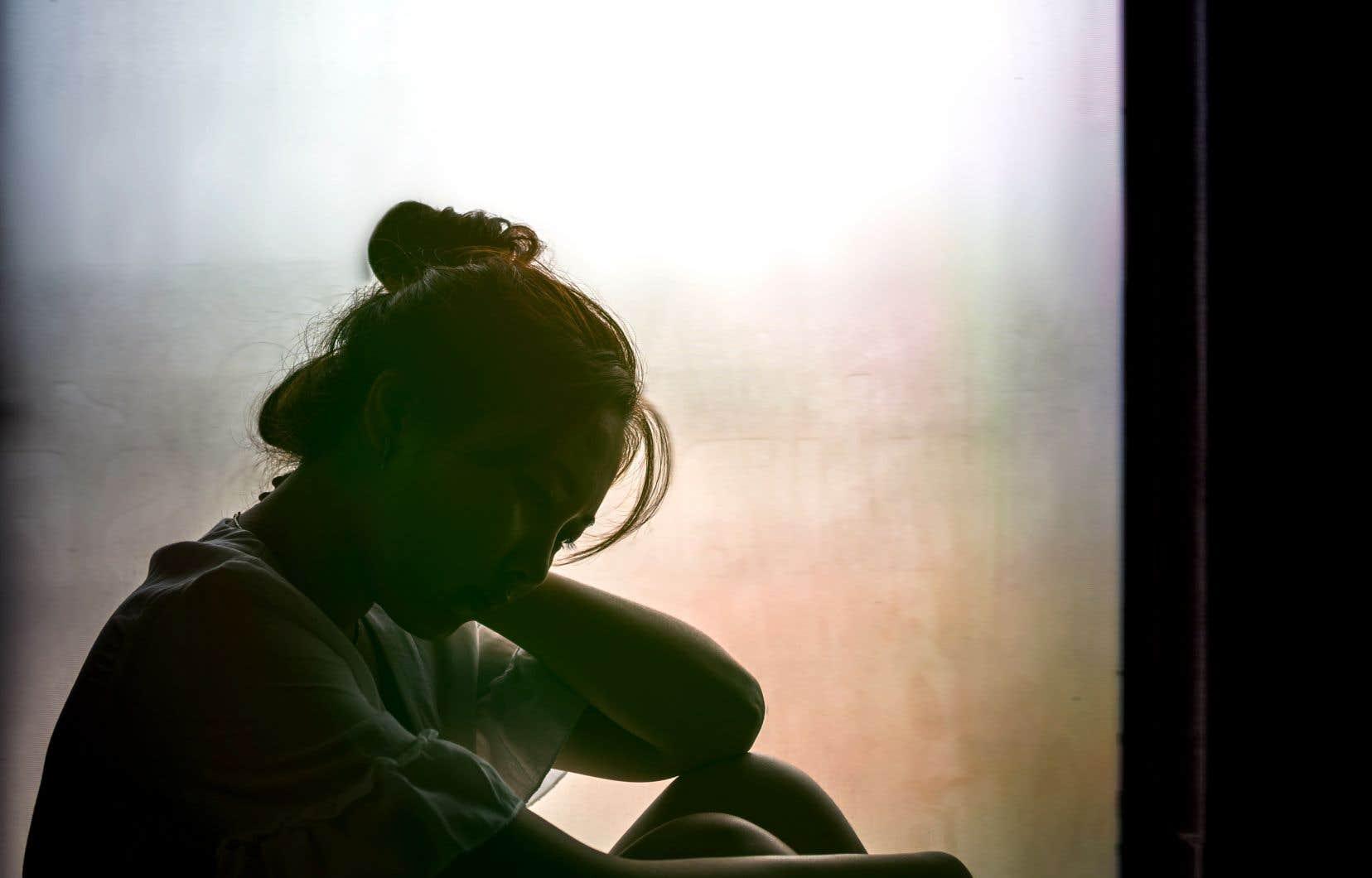 Le suicide est l'une des premières causes de mort prématurée au Canada.