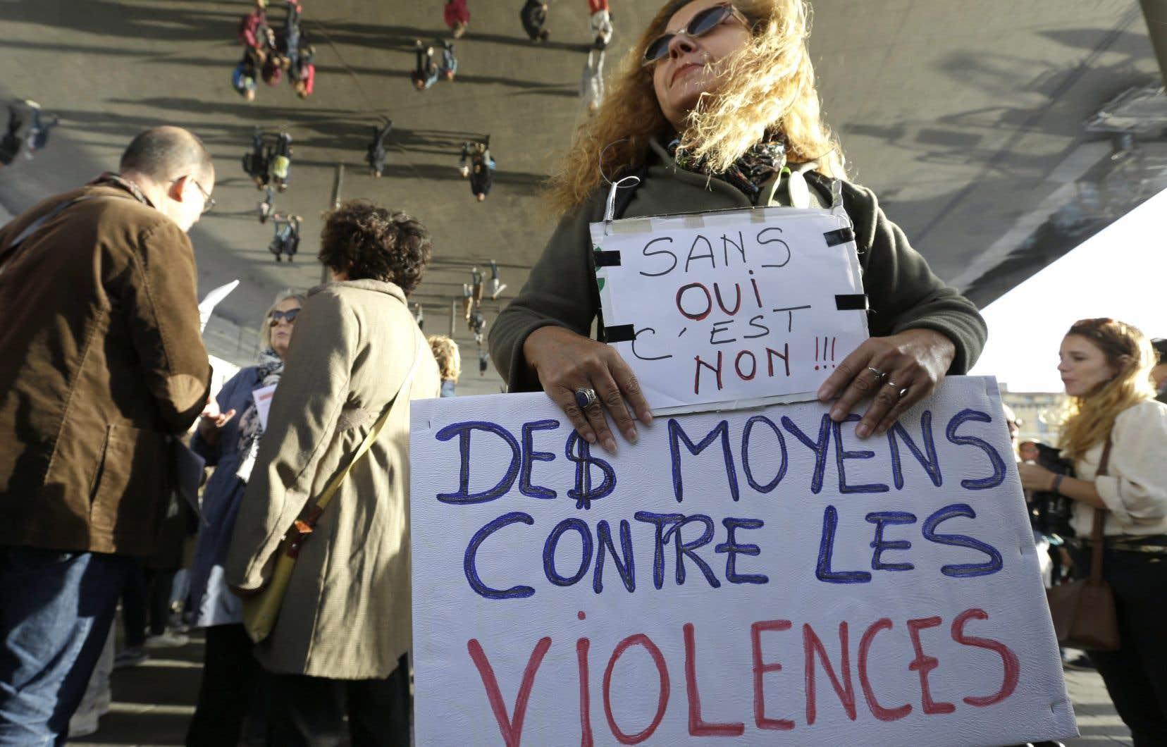En 2017, le mouvement #MoiAussi a également attiré l'attention sur la prévalence des agressions sexuelles à travers le monde.