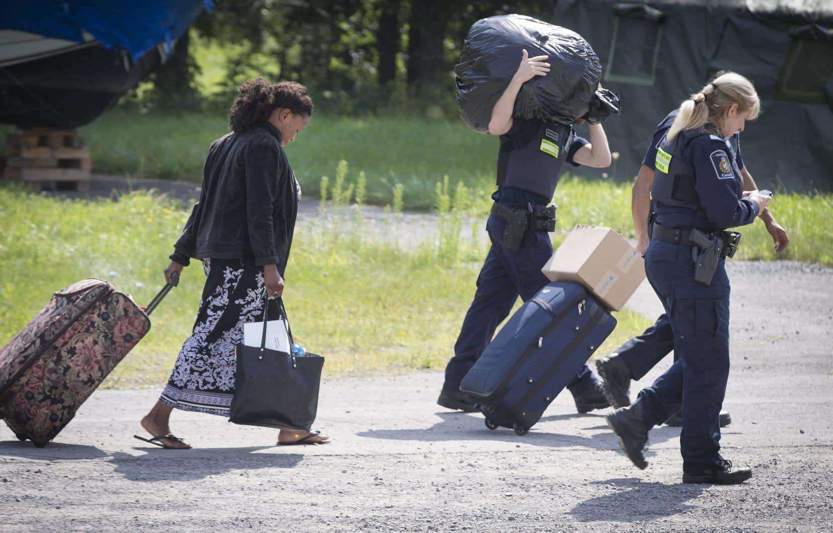 L'an dernier, 3557 personnes ont été détenues pour des motifs liés à l'immigration au Canada, une baisse de 8% par rapport à 2016.
