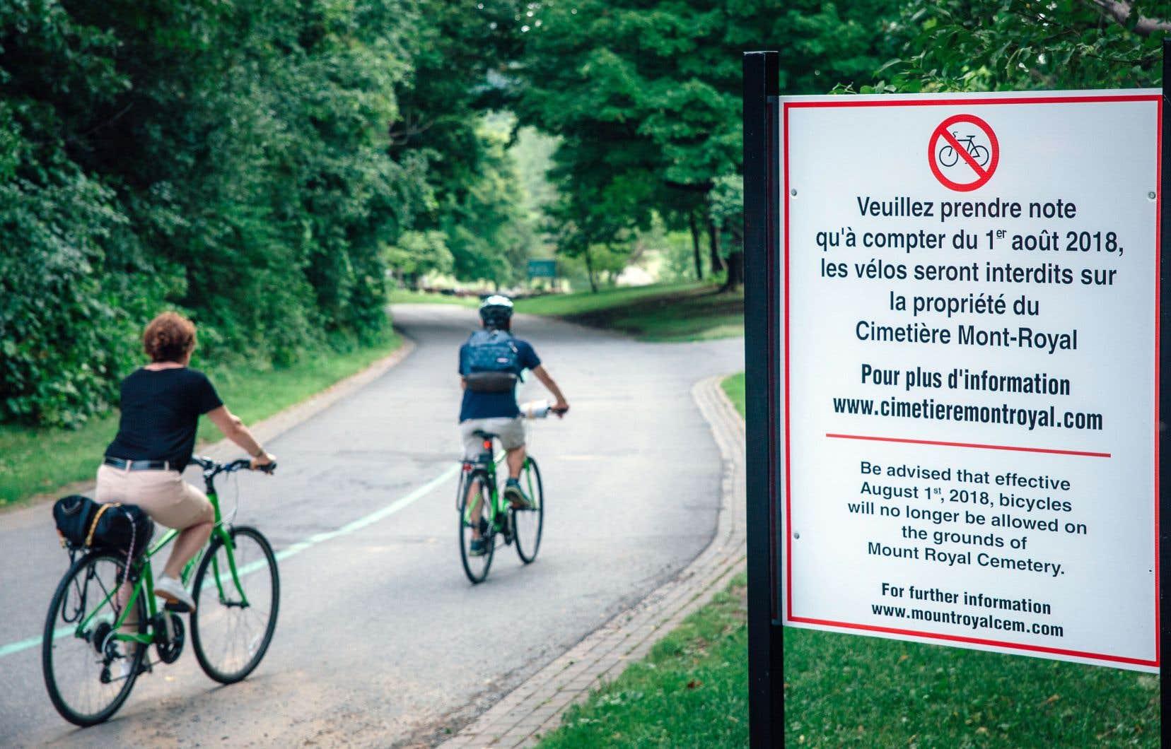 Les cyclistes ne pourront plus circuler dans le cimetière Mont-Royal à compter du 1er août.