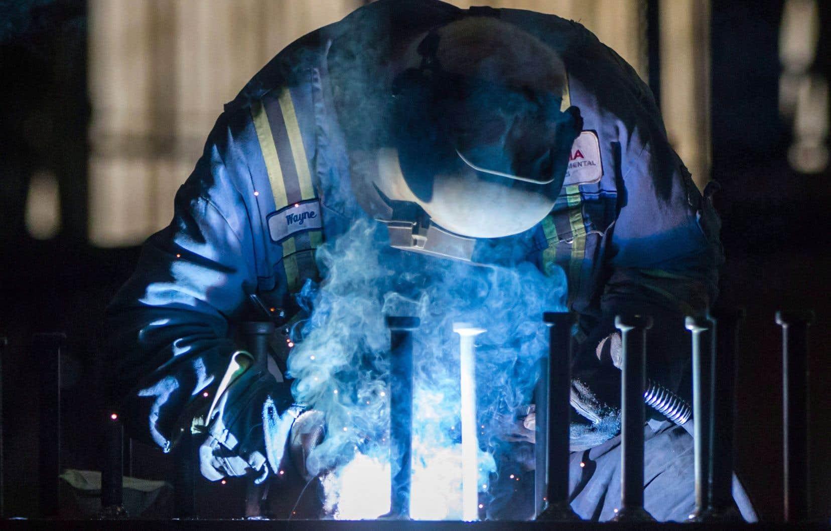 Les tarifs douaniers sur l'acier et l'aluminium canadiens seront retirés si un nouvel accord de libre-échange nord-américain est conclu, a soutenu jeudi Robert Lighthizer devant un comité du Sénat américain.