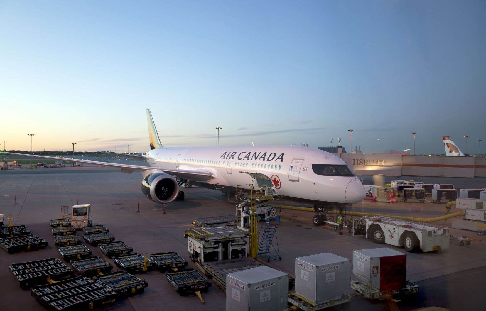 La ligne aérienne a l'intention de mitiger une partie de la hausse du prix du carburant en augmentant ses tarifs.