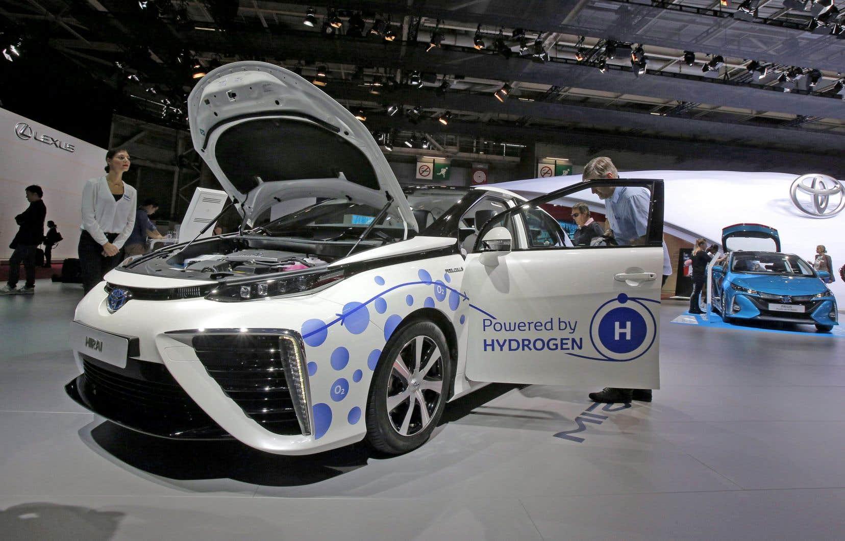 Le projet financé par Québec, Ottawa et Harnois Groupe pétrolier doit permettre de tester 50 véhicules Mirai de Toyota.