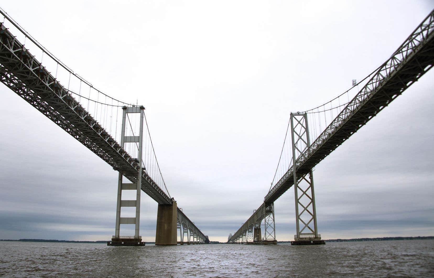 Une division de Louis Berger avait participé à la rénovation des câbles et des ancrages du pont-tunnel de Chesapeake Bay, au Maryland.