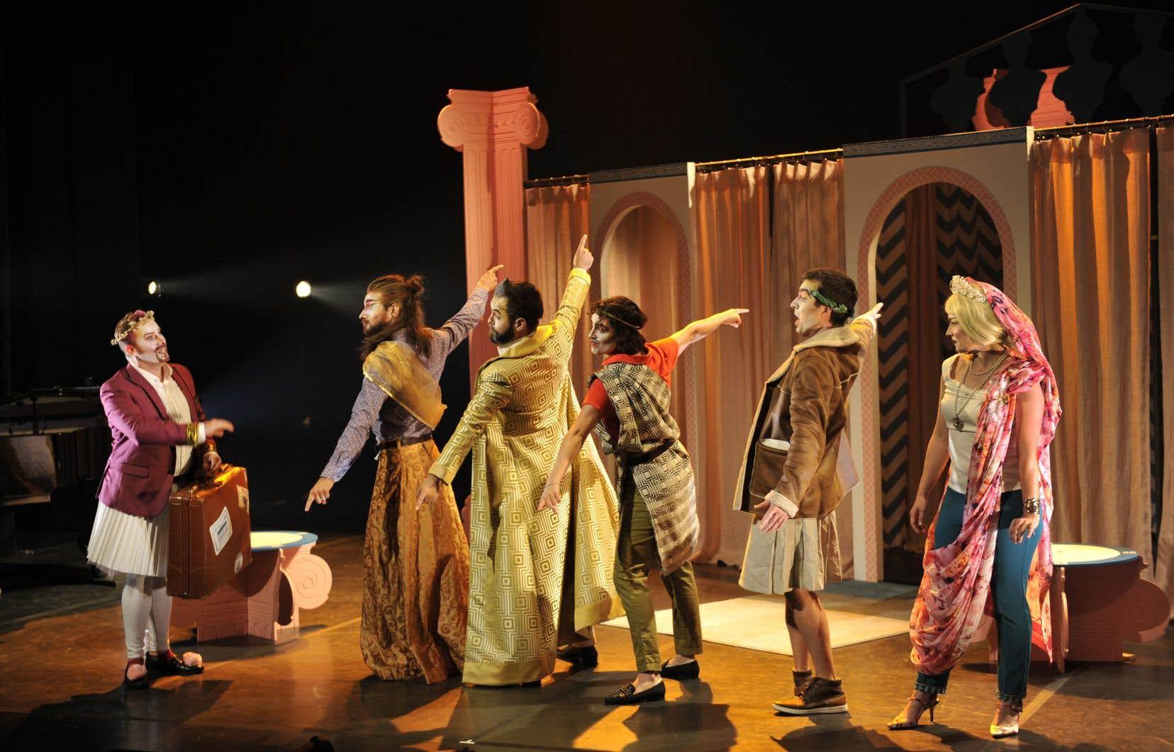 Présenté par le Festival d'opéra de Québec, «Belle Hélène» est un quasi-spectacle de soubassement d'église, qui parvient presque à tourner en ridicule un chef-d'oeuvre, selon notre critique.