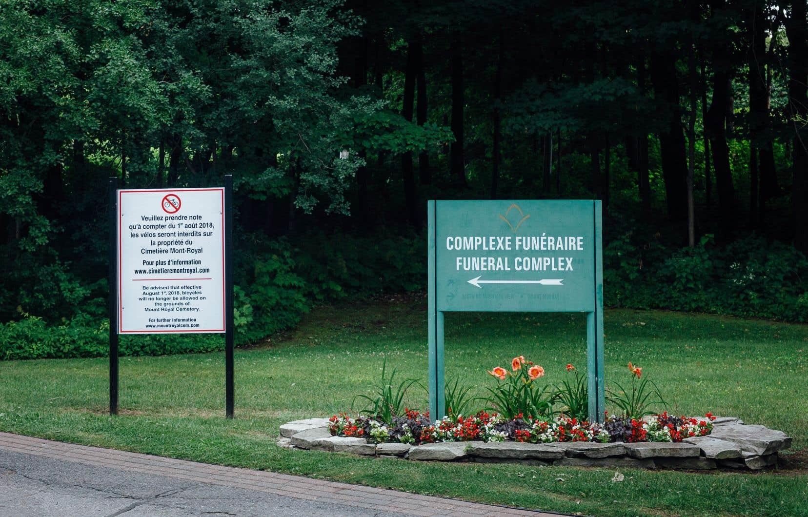 La direction du cimetière Mont-Royala indiqué avoir observé au cours des dernières années un afflux de groupes de cyclistes.
