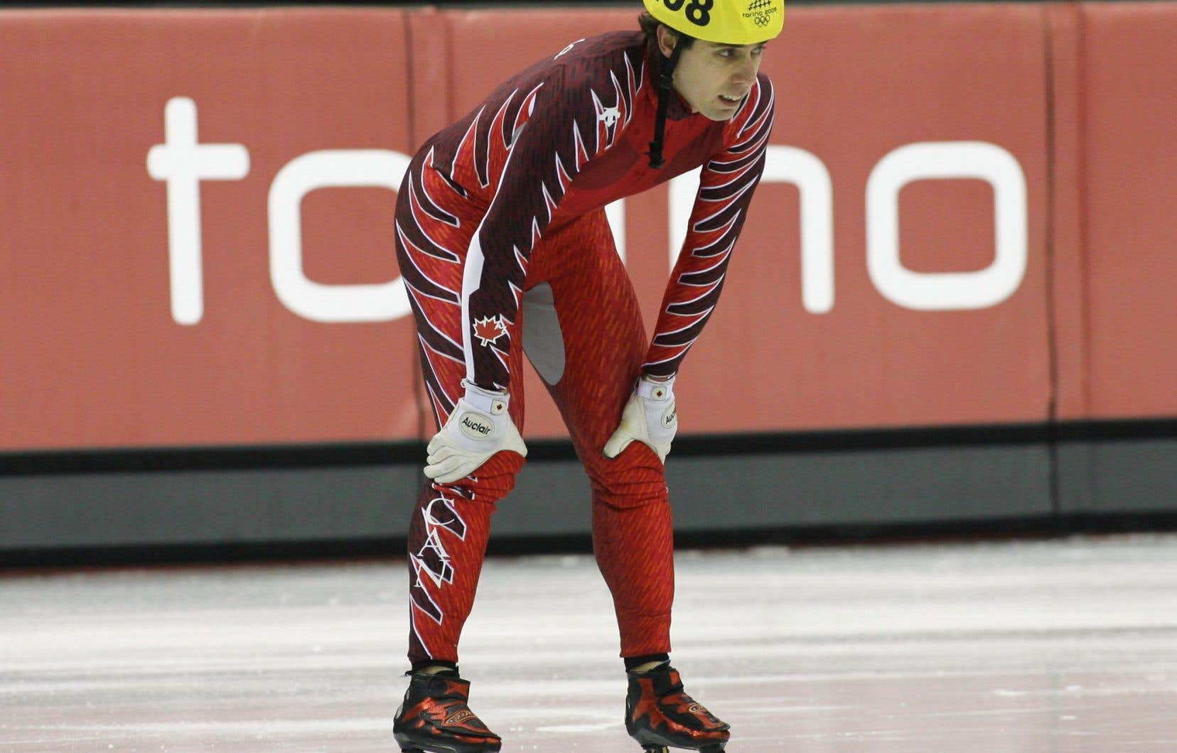 Après avoir remporté quatre médailles en trois Jeux olympiques en tant qu'athlète, Bédard a été l'entraîneur en chef de l'équipe sur courte piste de l'Allemagne pour les Jeux de Vancouver en 2010