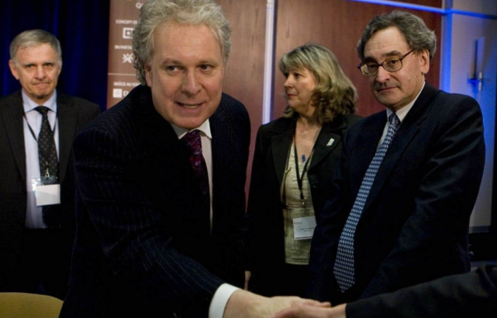 Comme le ministre Raymond Bachand, Jean Charest et Michael Sabia ont pris la parole, hier, lors de l'événement Focus stratégique Québec.