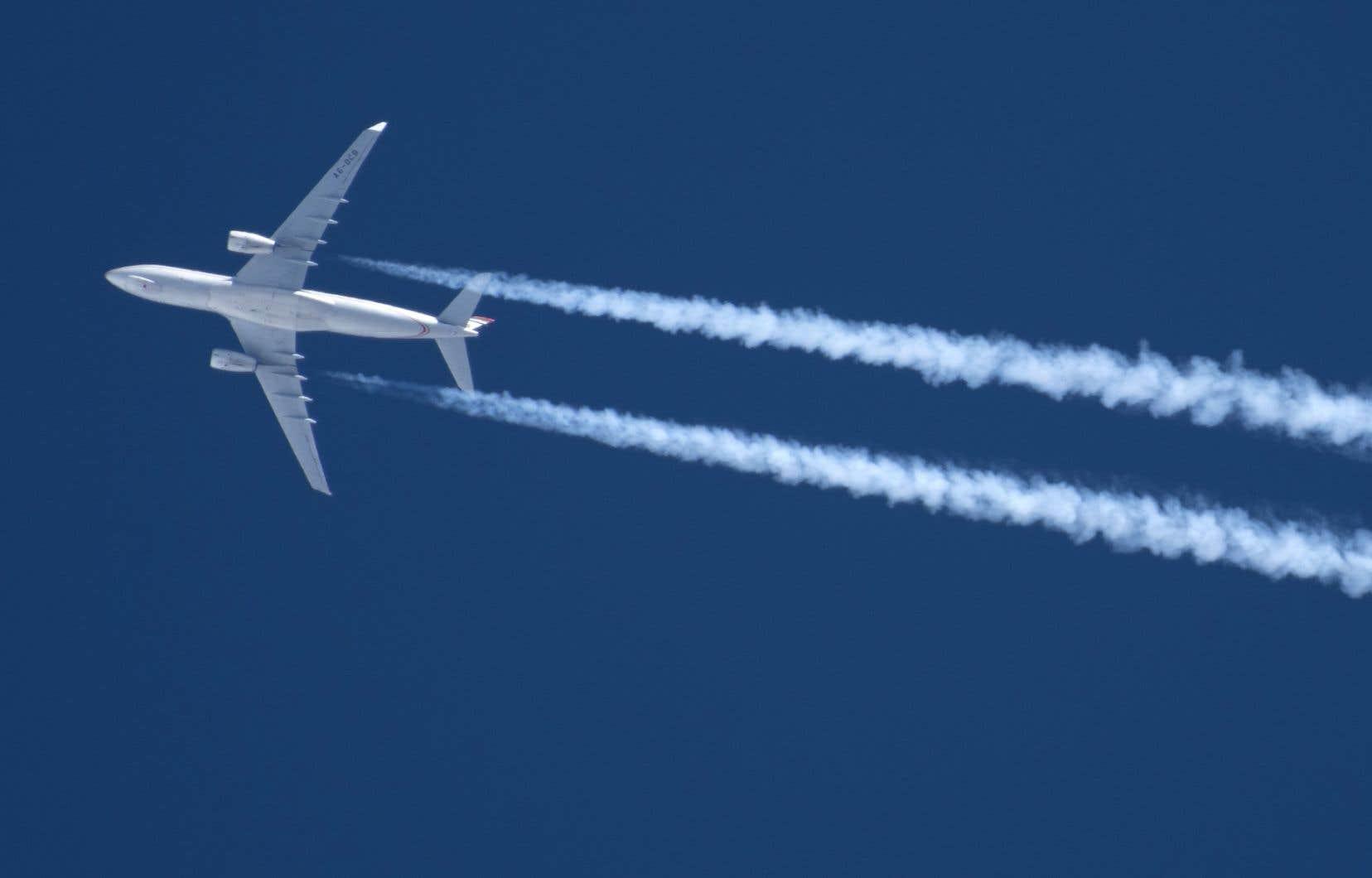 En soirée jeudi, Aimia annonçait qu'elle repoussait du revers de la main l'offre non sollicitée d'un consortium piloté par Air Canada portant sur l'acquisition de son programme de fidélisation Aéroplan.