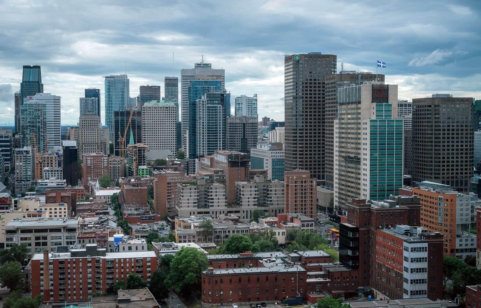 À Montréal, plusieurs formations associées aux métiers de l'avenir sont offertes, notamment par la voie d'attestations d'études collégiales (AEC).