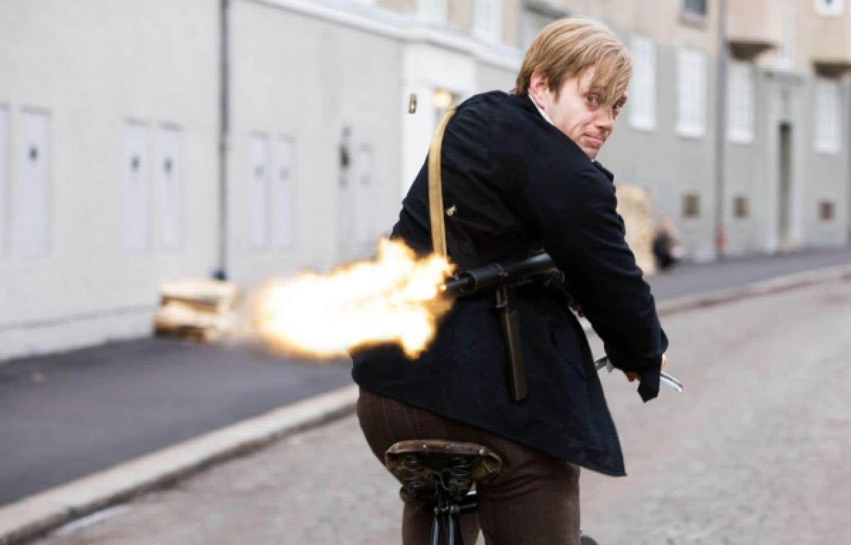 Aksel Hennie dans Max Manus, du tandem formé par Joachim Roenning et Espen Sandberg