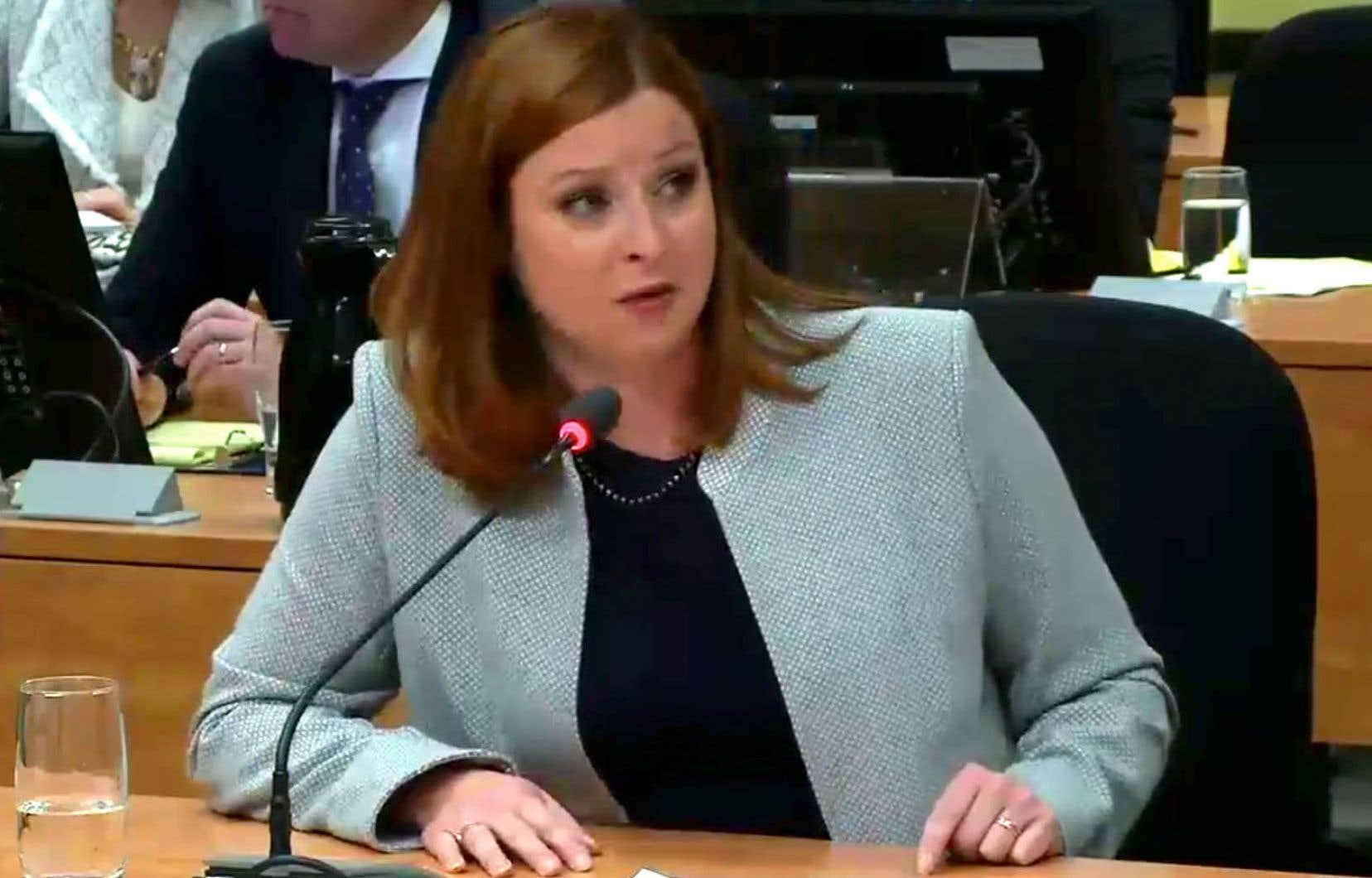 La journaliste d'«Enquête» Marie-Maude Denis lors de son témoignage à la commission Chamberland, en juin 2017