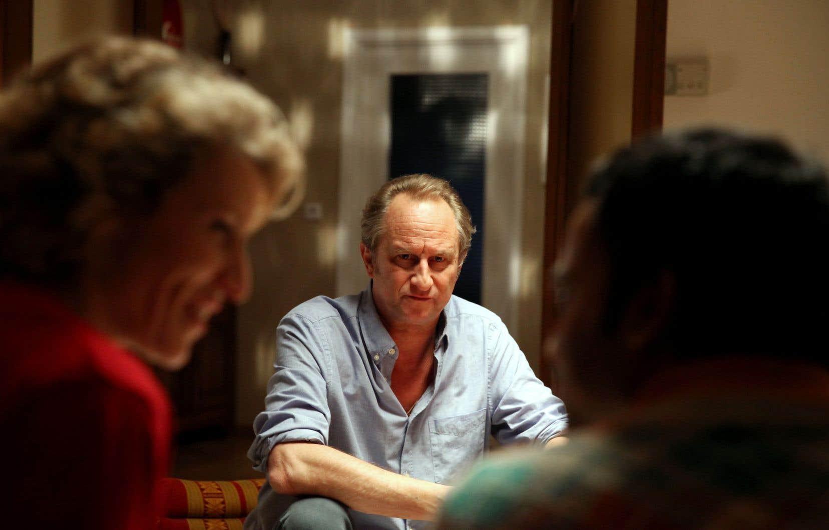 Le comédien belge Benoît Poelvoorde joue Pierre, un quincaillier misanthrope qui se brouille avec plein de gens dans «7 jours pas plus».