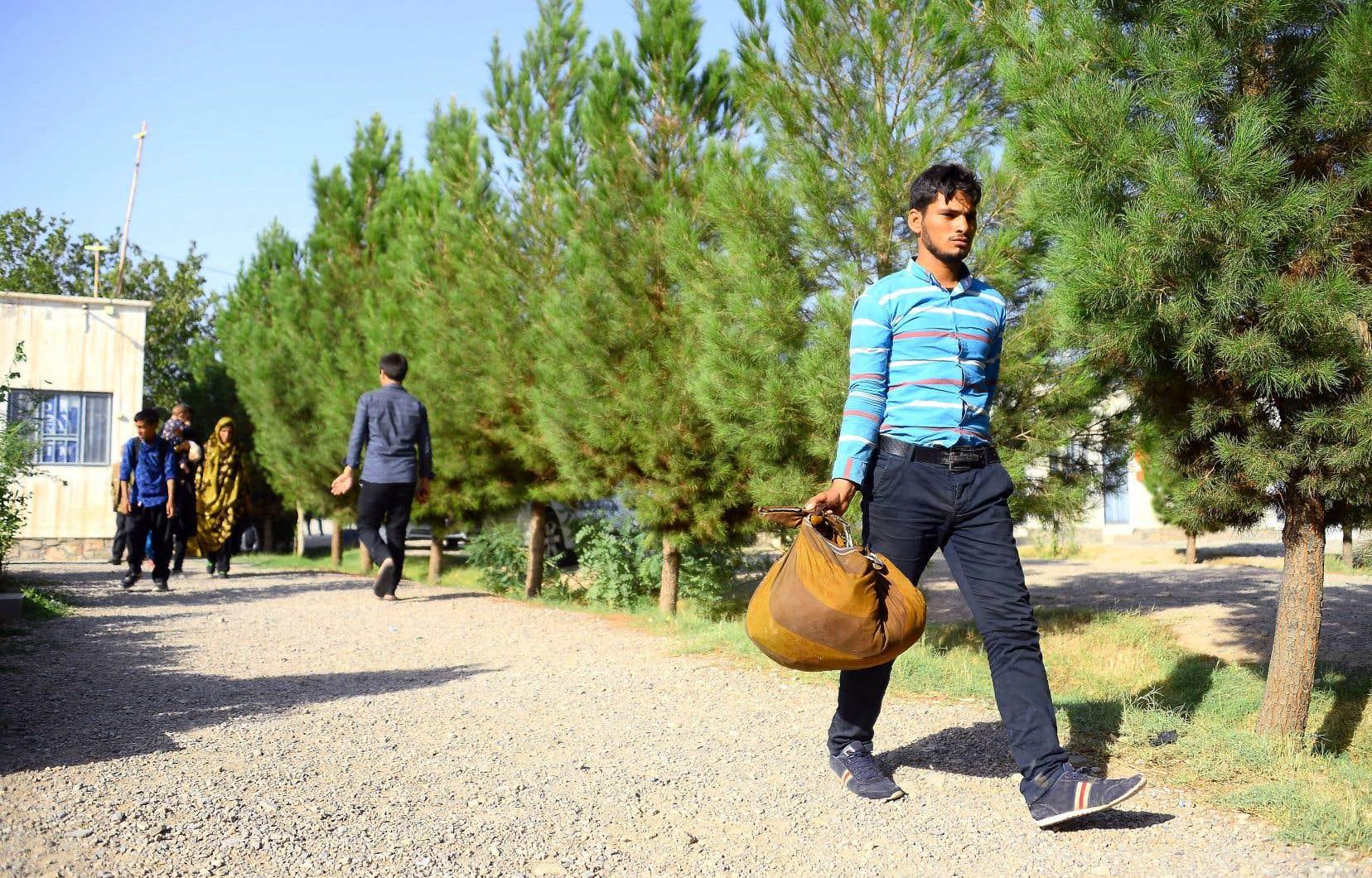 D'après l'Organisation internationale pour les migrations, plus de 440000 Afghans sont rentrés d'Iran durant les sept premiers mois de l'année.