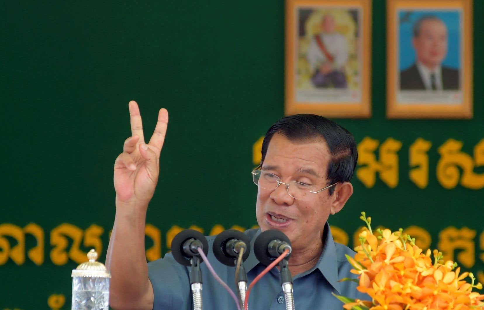 Le premier ministre cambodgien Hun Sen a prononcé un discours le 15 août 2018 à l'occasion d'un grand rassemblement de travailleurs du textile à Phnom Penh.