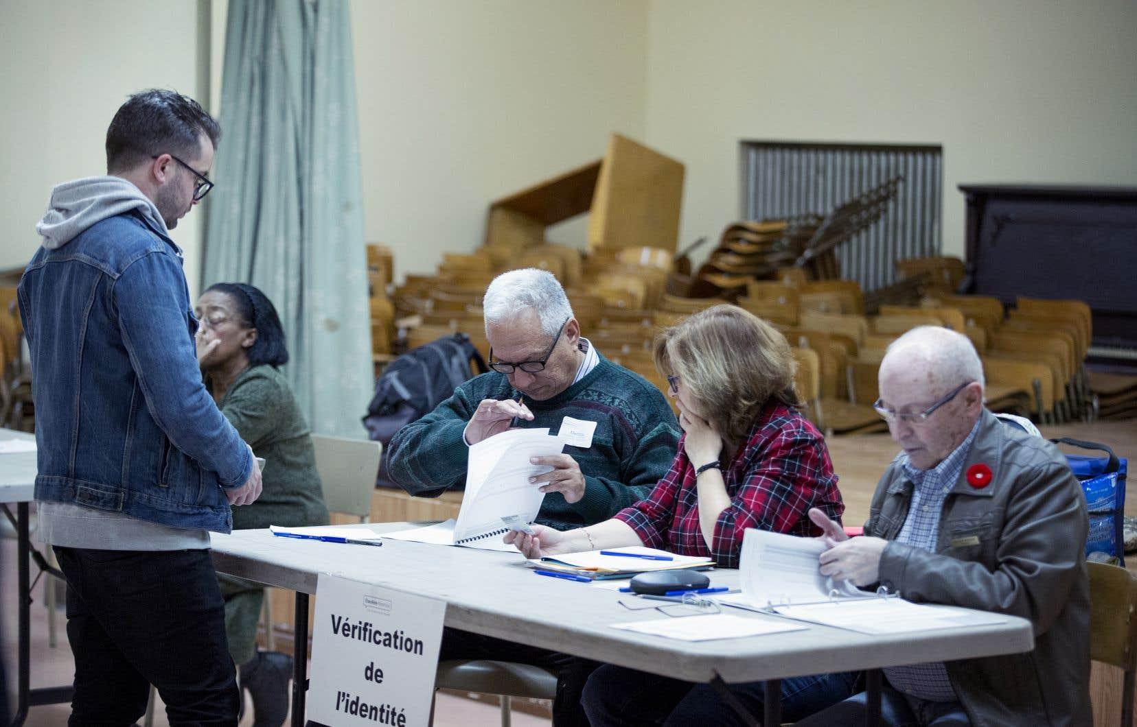 D'après le Conseil interculturel de Montréal, tous les résidents de la métropole, quel que soit leur statut, devraient pouvoir choisir leurs élus lors des élections municipales.