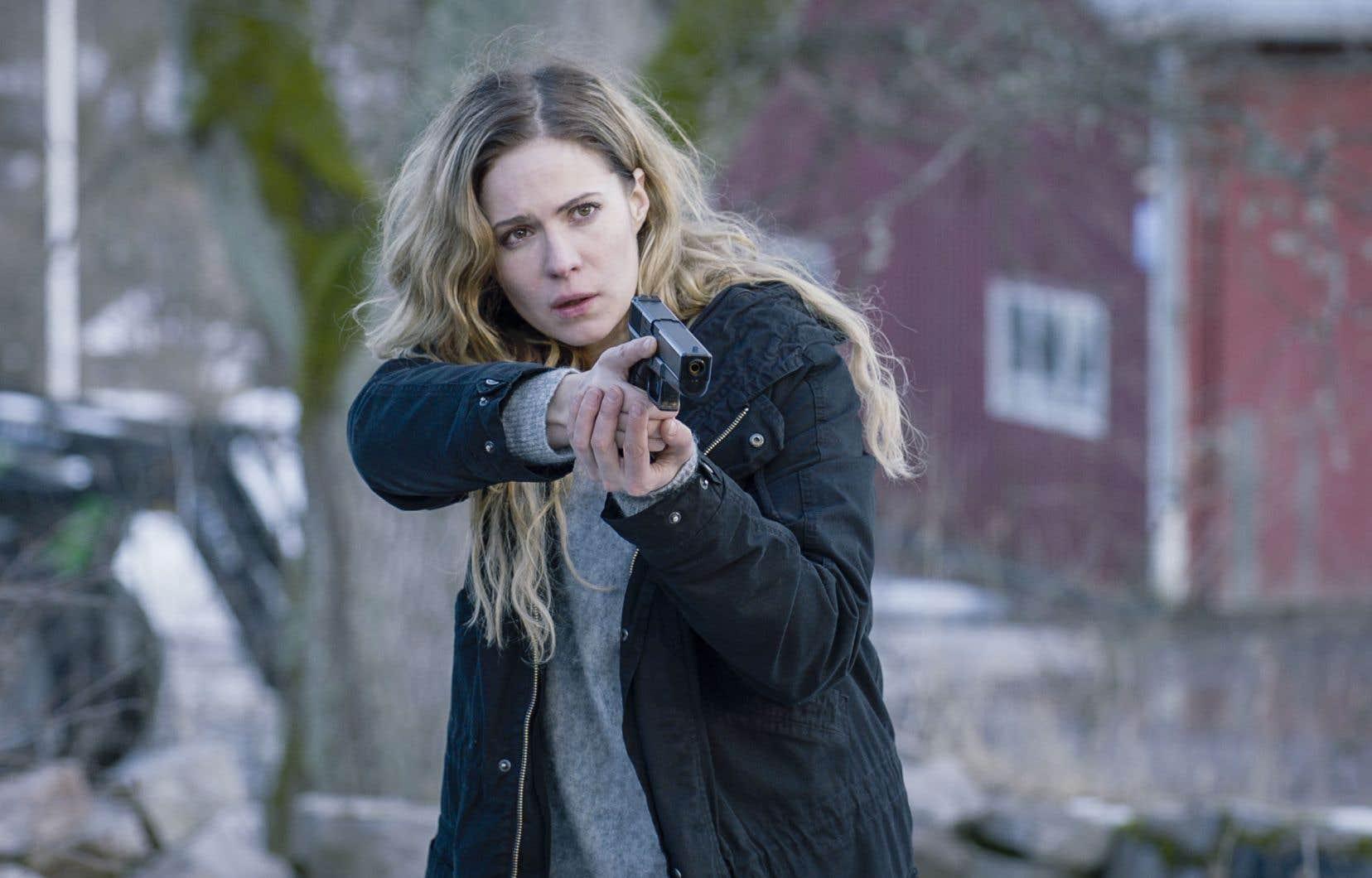 Campée à Helsinki, cette série aux images sombres et glaciales conjugue drame familial et enquête policière.