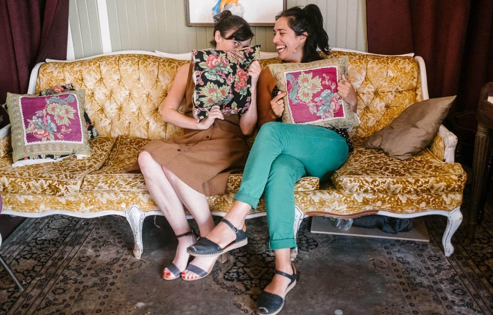 La metteuse en scène Alexia Bürger et la comédienne Ximena Ferrer Olaso promettent de faire des «Belles-sœurs» «un joyeux party!»