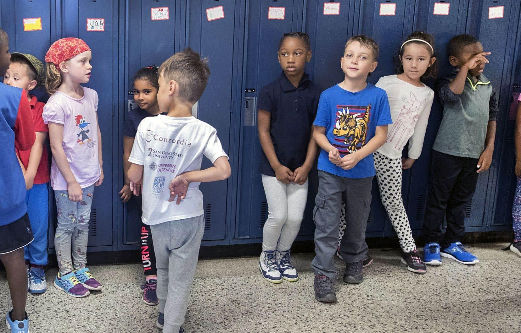 Dès la rentrée scolaire, les cours d'éducation à la sexualité seront obligatoires pour un million de jeunes du primaire et du secondaire.