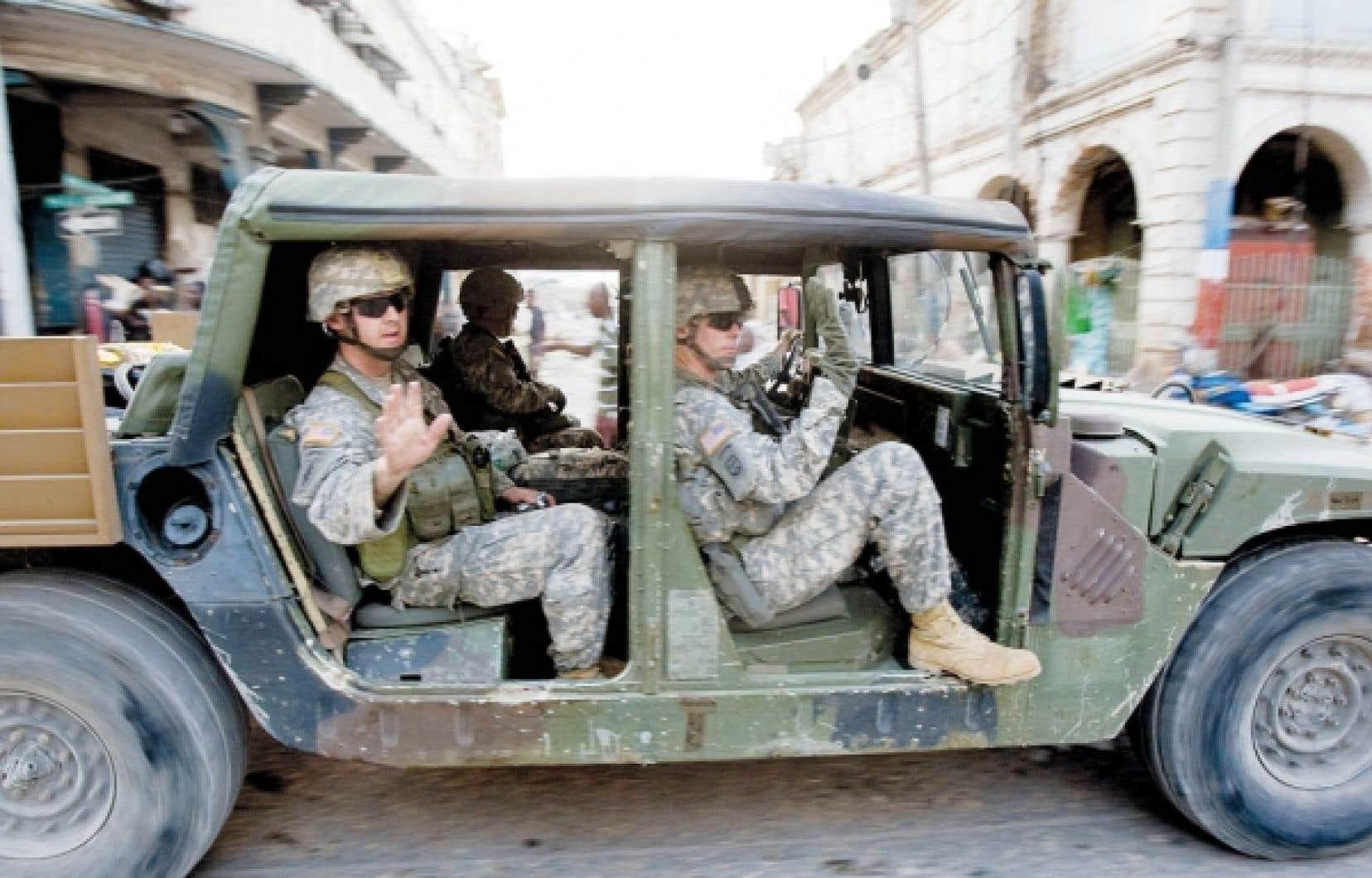 Les militaires étasuniens sont les plus gros consommateurs uniques de pétrole dans le monde. En 2008, ils ont achetéa pour 16 milliards de dollars de produits pétroliers.