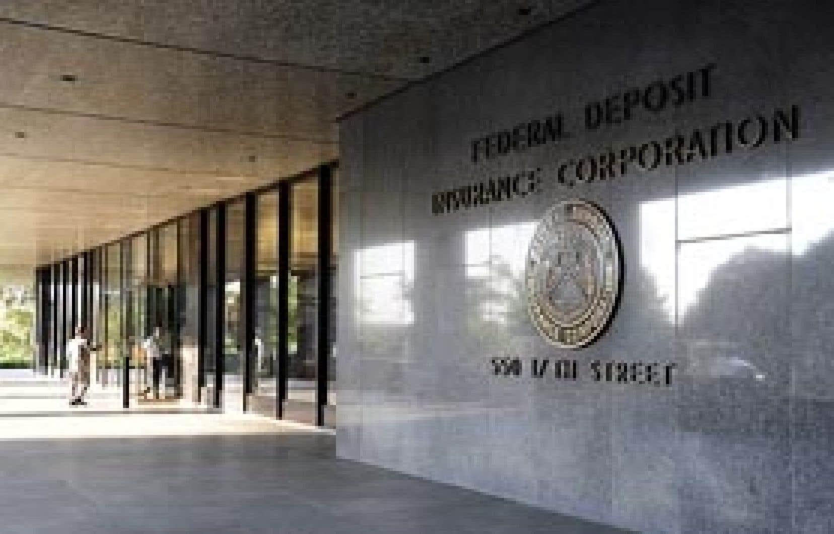 La facture s'annonce salée pour la Federal Deposit Insurance Corp., le fonds fédéral qui garantit les dépôts dans les banques et caisses d'épargne à hauteur de 250 000 $US par compte.