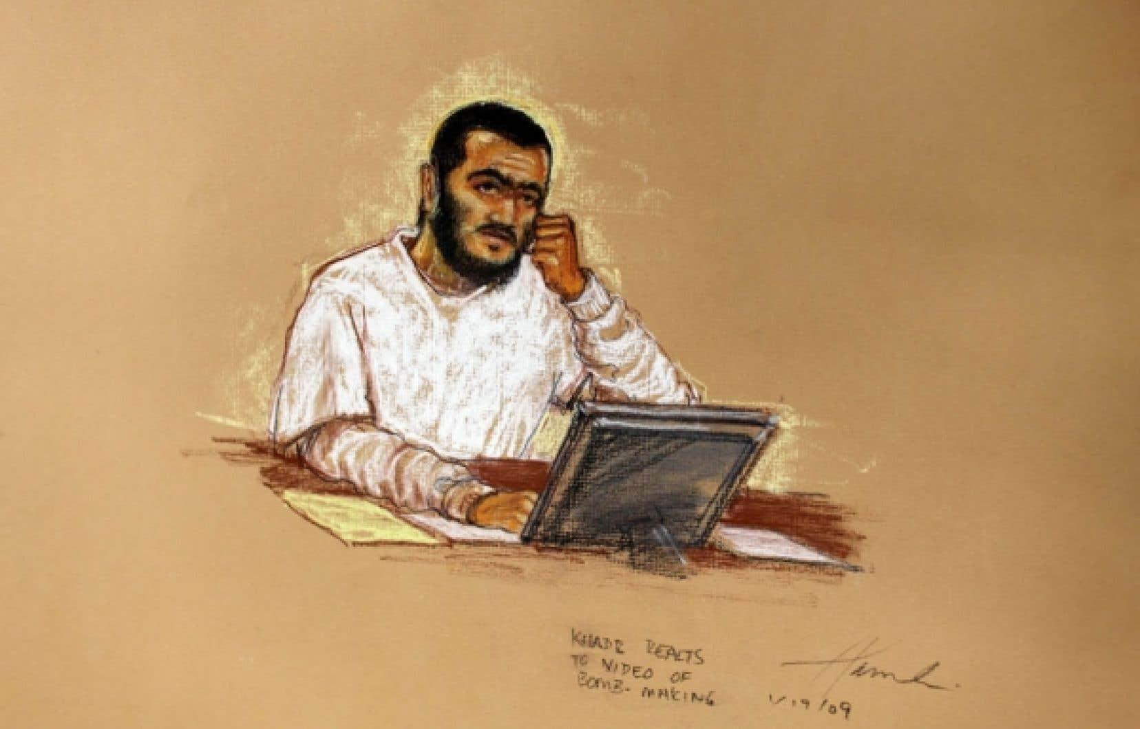 Natif de Toronto, Omar Khadr, aujourd'hui âgé de 23 ans, est accusé de meurtre. Il aurait lancé une grenade qui a tué un soldat américain en Afghanistan en juillet 2002.