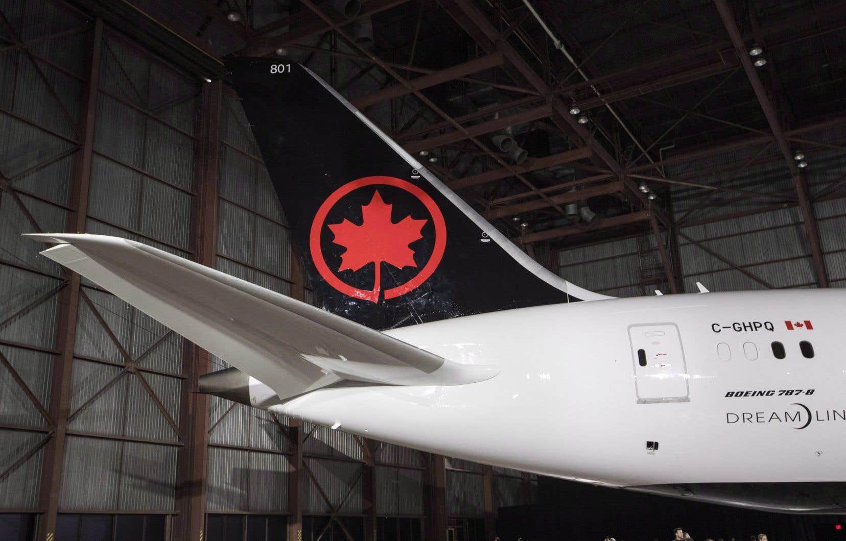 Le président et chef de la direction d'Air Canada, Calin Rovinescu, a déclaré que la transaction, «si elle se concrétise […] permettra la transition harmonieuse des points des membres Aéroplan vers le nouveau programme de fidélisation d'Air Canada qui sera lancé en 2020».