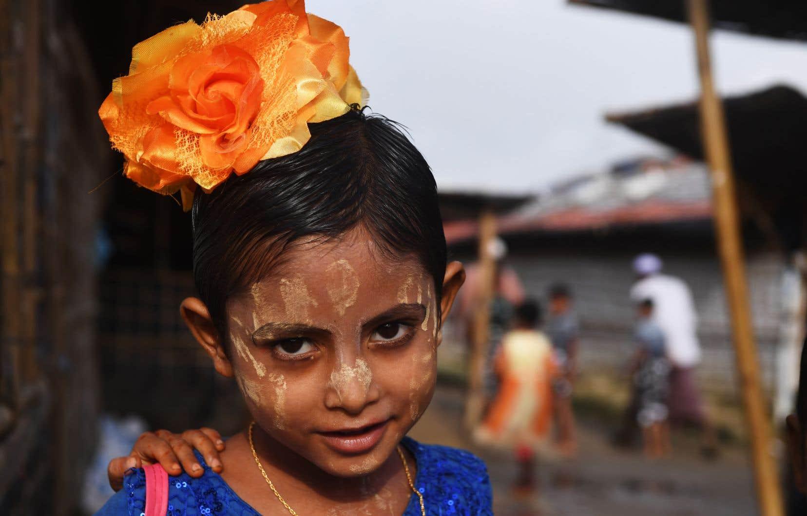 Pour la plupart de ces déplacés, il s'agit de la première fête de l'Aïd al-Adha depuis leur expulsion de l'ouest de la Birmanie il y a un an.