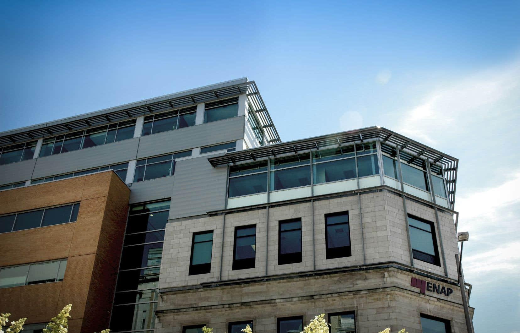 L'ENAP est née au moment de la création du réseau de l'Université du Québec.