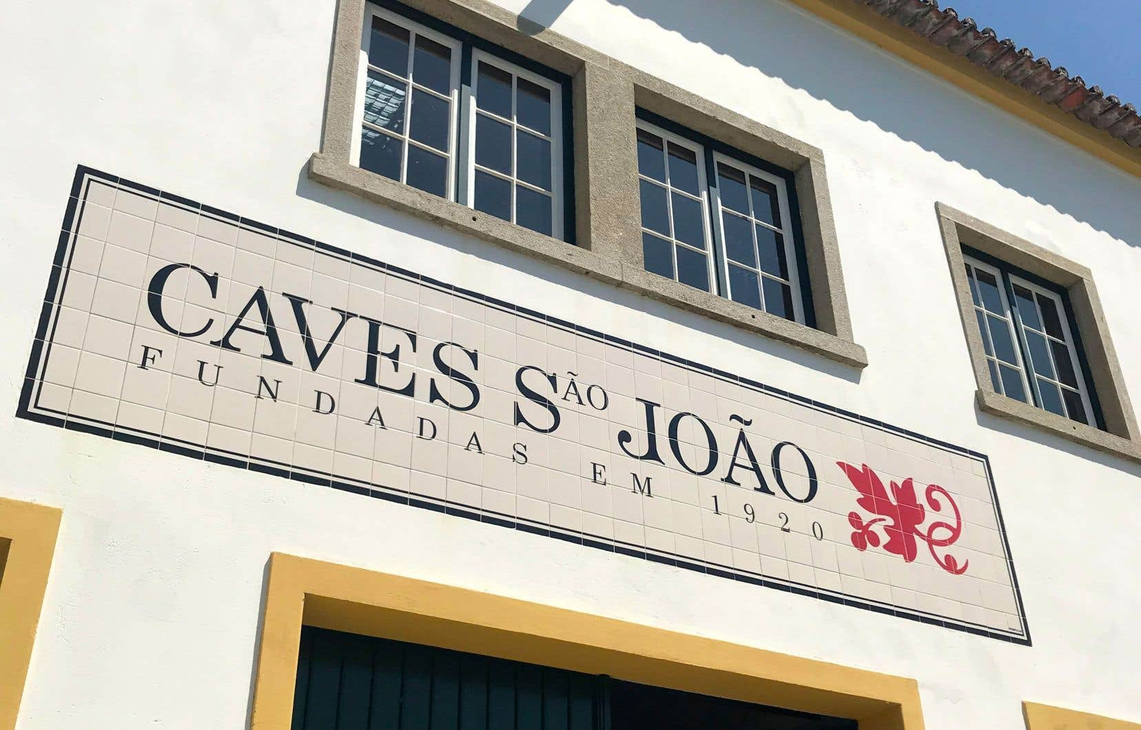 Caves São João en Bairrada: des cuvées à base du cépage blanc arinto et de cabernet sauvignon en rouge toujours en grande forme après un quart de siècle!