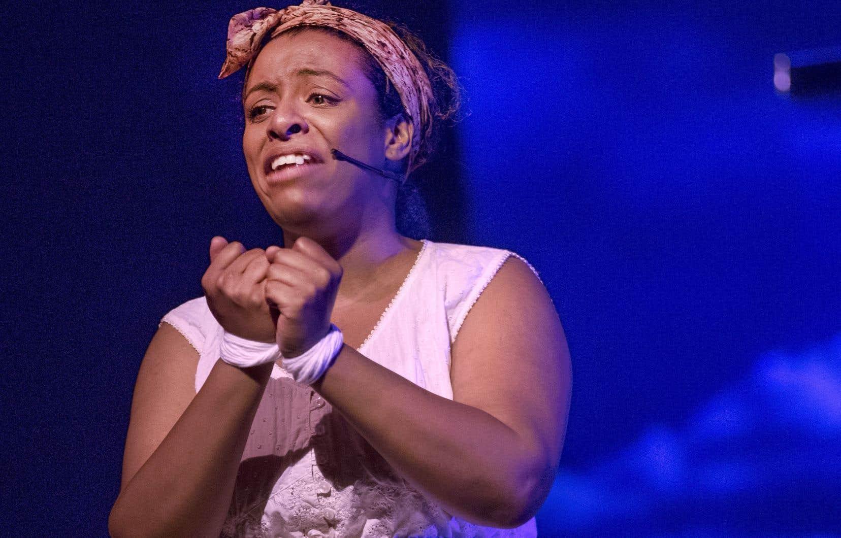 Dans la controverse, le Festival international de jazz de Montréal a annulé les représentations du spectacle «SLAV» de Robert Lepage et Betty Bonifassi, qui se voulait une «odyssée théâtrale à travers les chants d'esclaves».