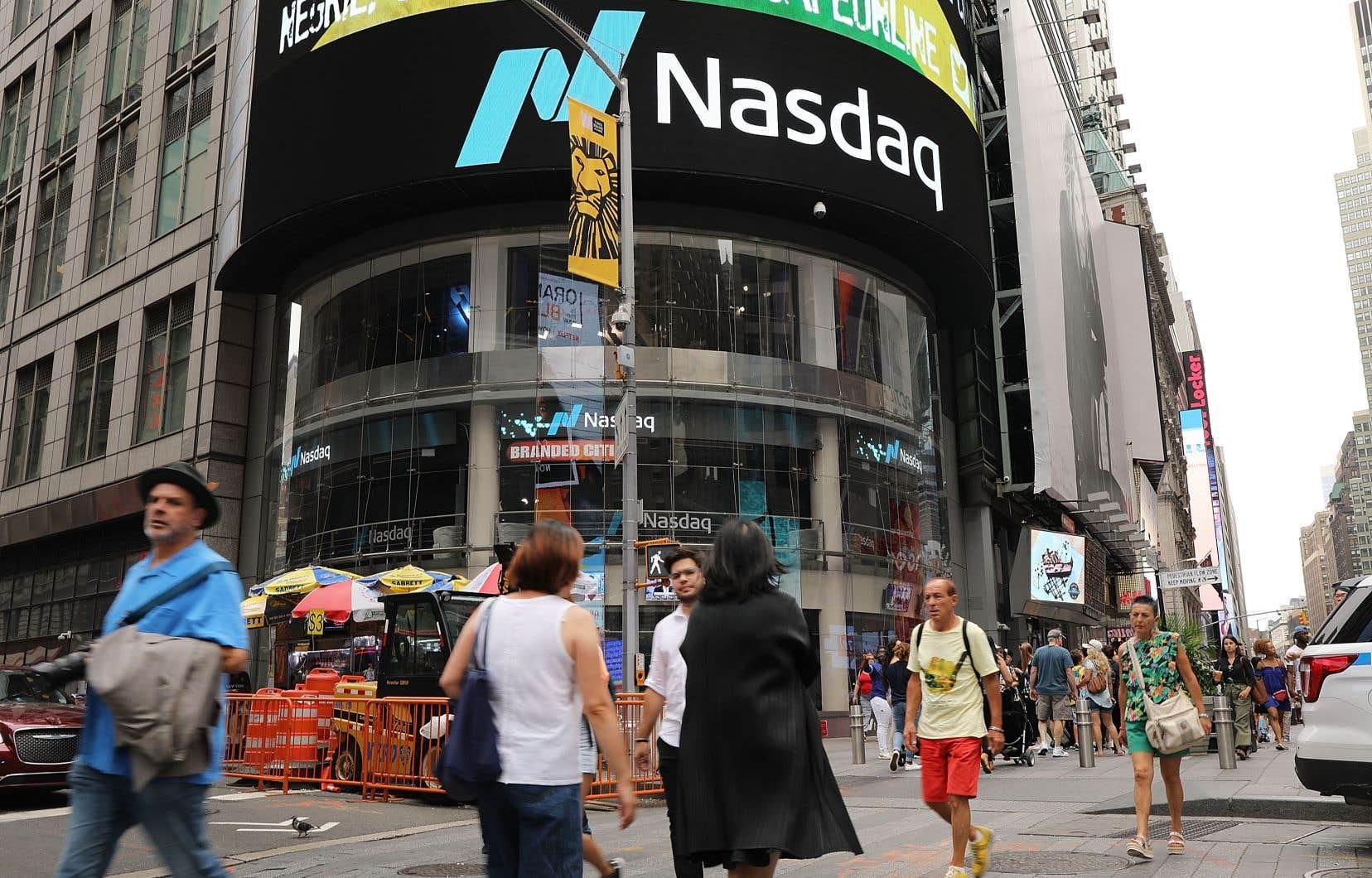 Vedette de la journée, le Nasdaq est en hausse de 16% depuis le début de l'année.