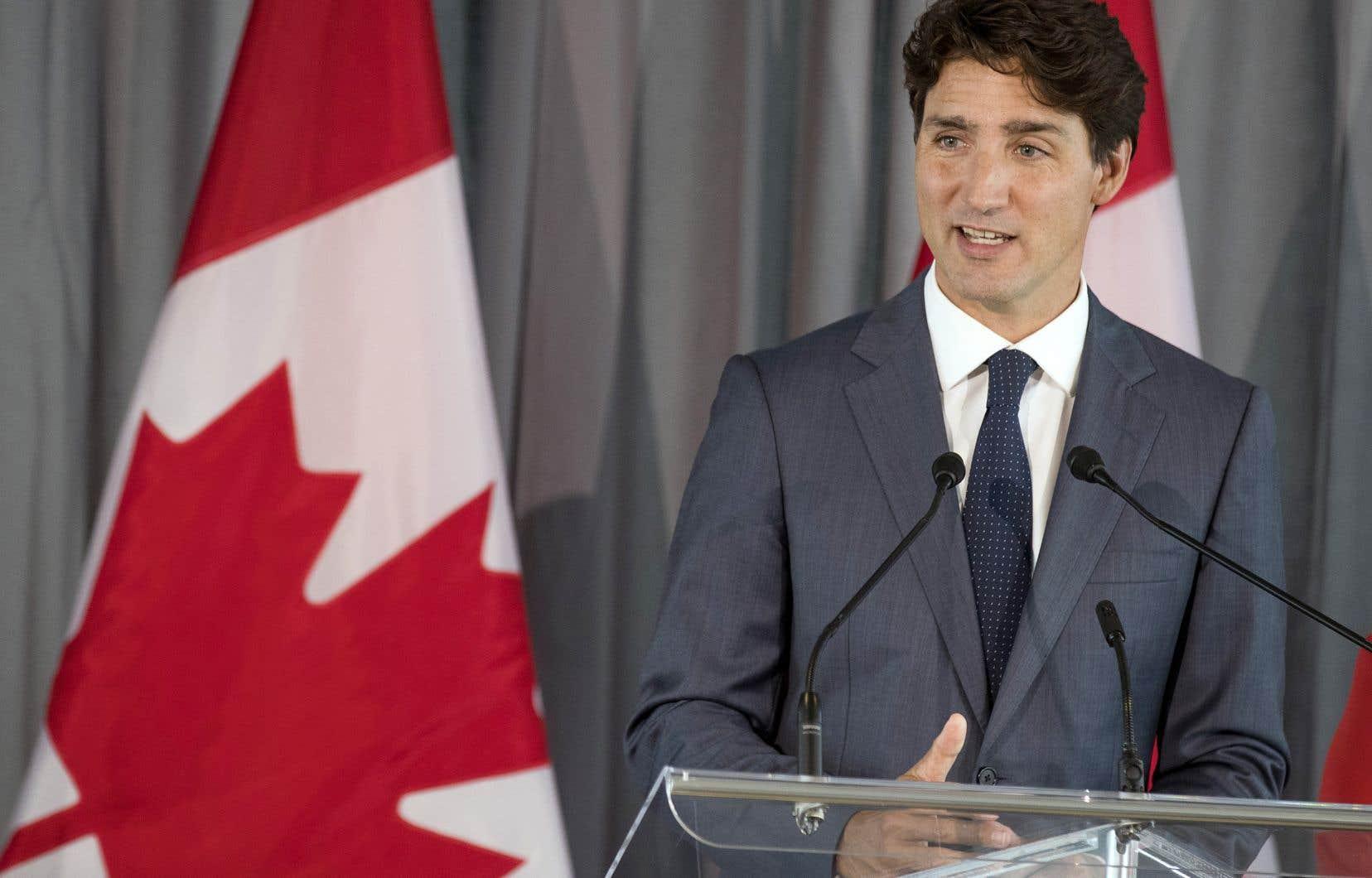 Lors d'un court point de presse, Justin Trudeau a par ailleurs annoncé qu'il allait continuer à défendre la gestion de l'offre.