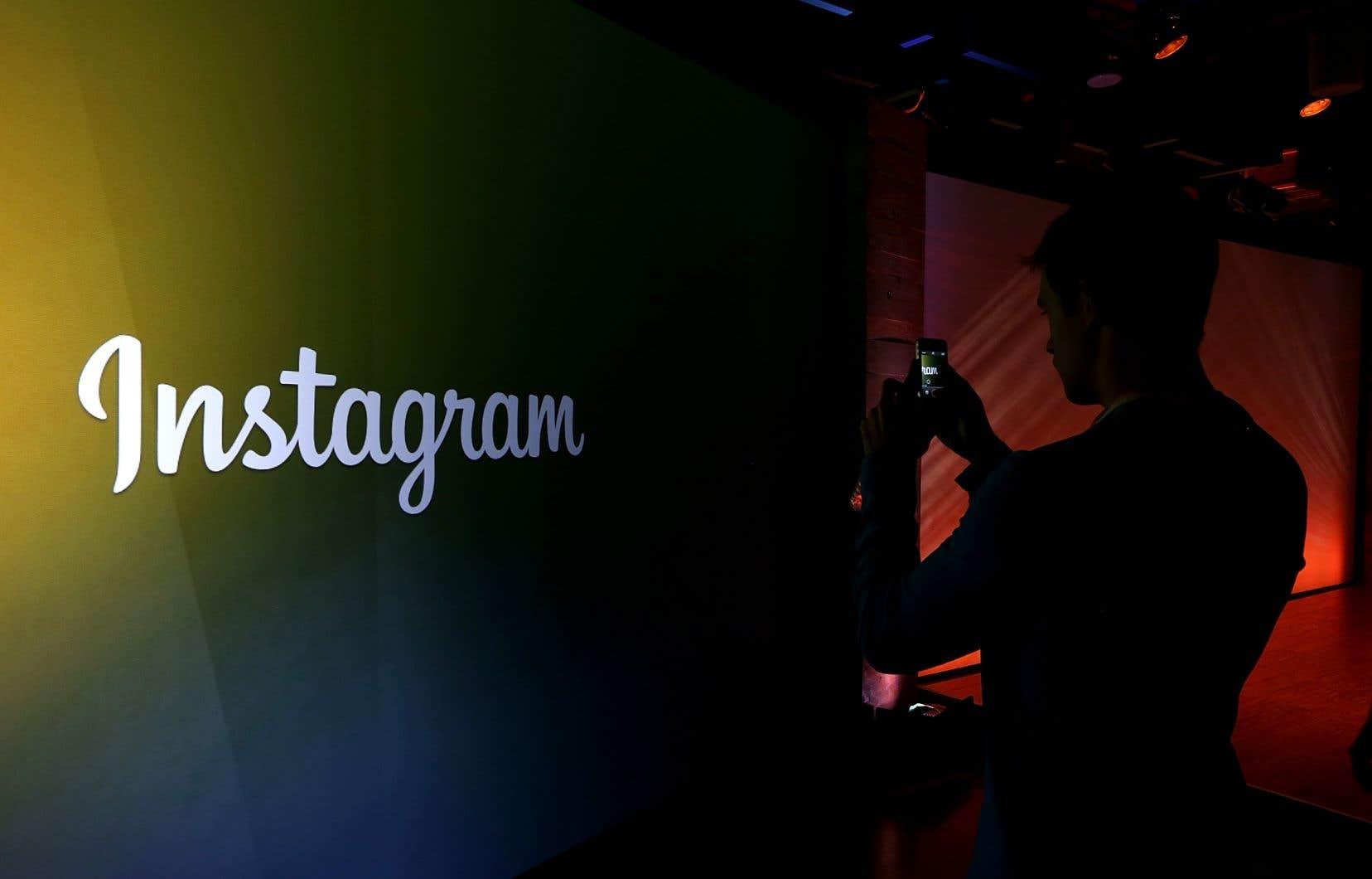 À la suite de l'annonce de Facebook et d'Instagram, un porte-parole de Twitter Canada a admis que l'entreprise n'imposait pas actuellement de taxes de vente sur la publicité.