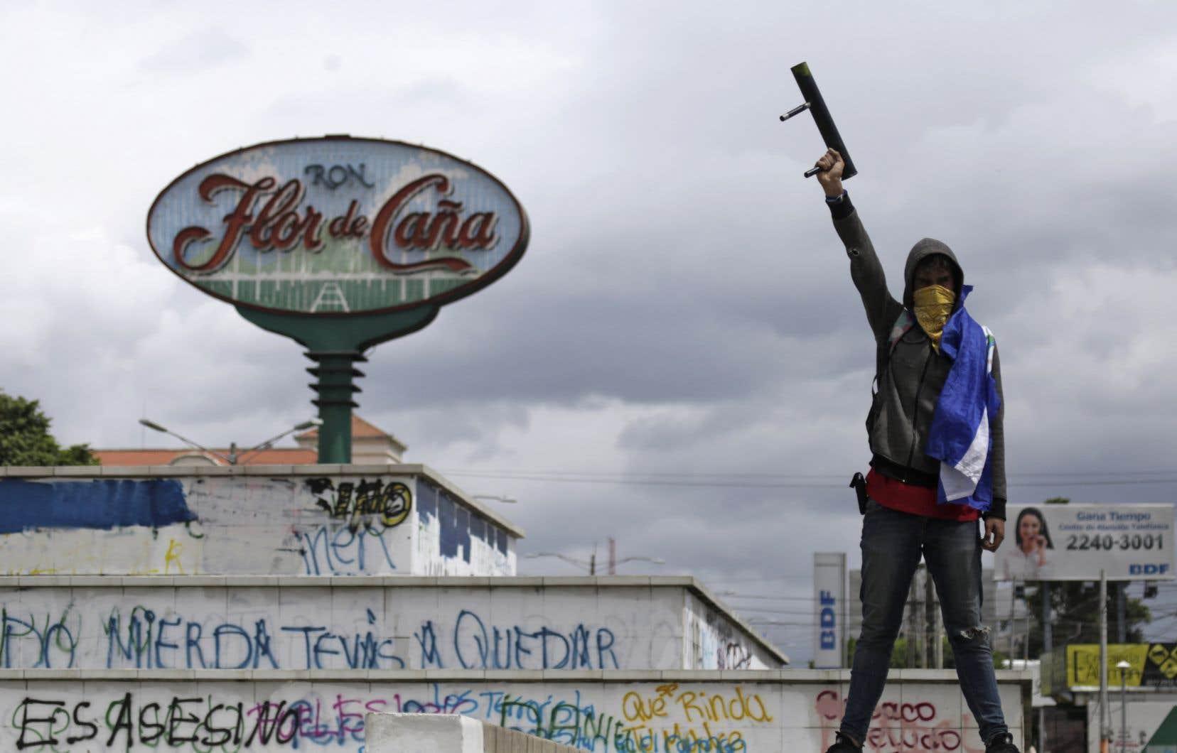 Le président Daniel Ortega est confronté à des manifestations de l'opposition réclamant sa démission. La répression de ces rassemblements aurait fait plus de 300 morts depuis avril.