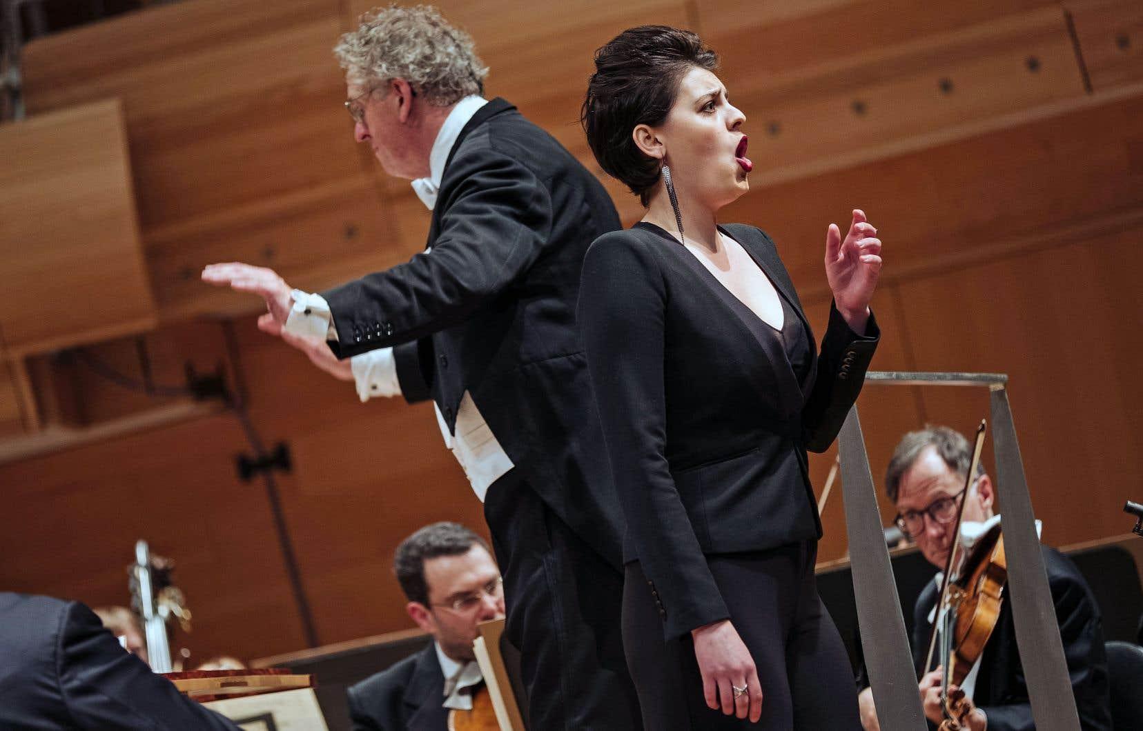 Ajoutant la témérité à la classe, Emily D'Angelo a remporté le concours en chantant «Dopo notte, atra e funesta», de l'«Ariodante» de Händel, alors que le choix d'airs du répertoire baroque est très rarement payant en pareille circonstance parce que les orchestres sont peu rompus à leur accompagnement.
