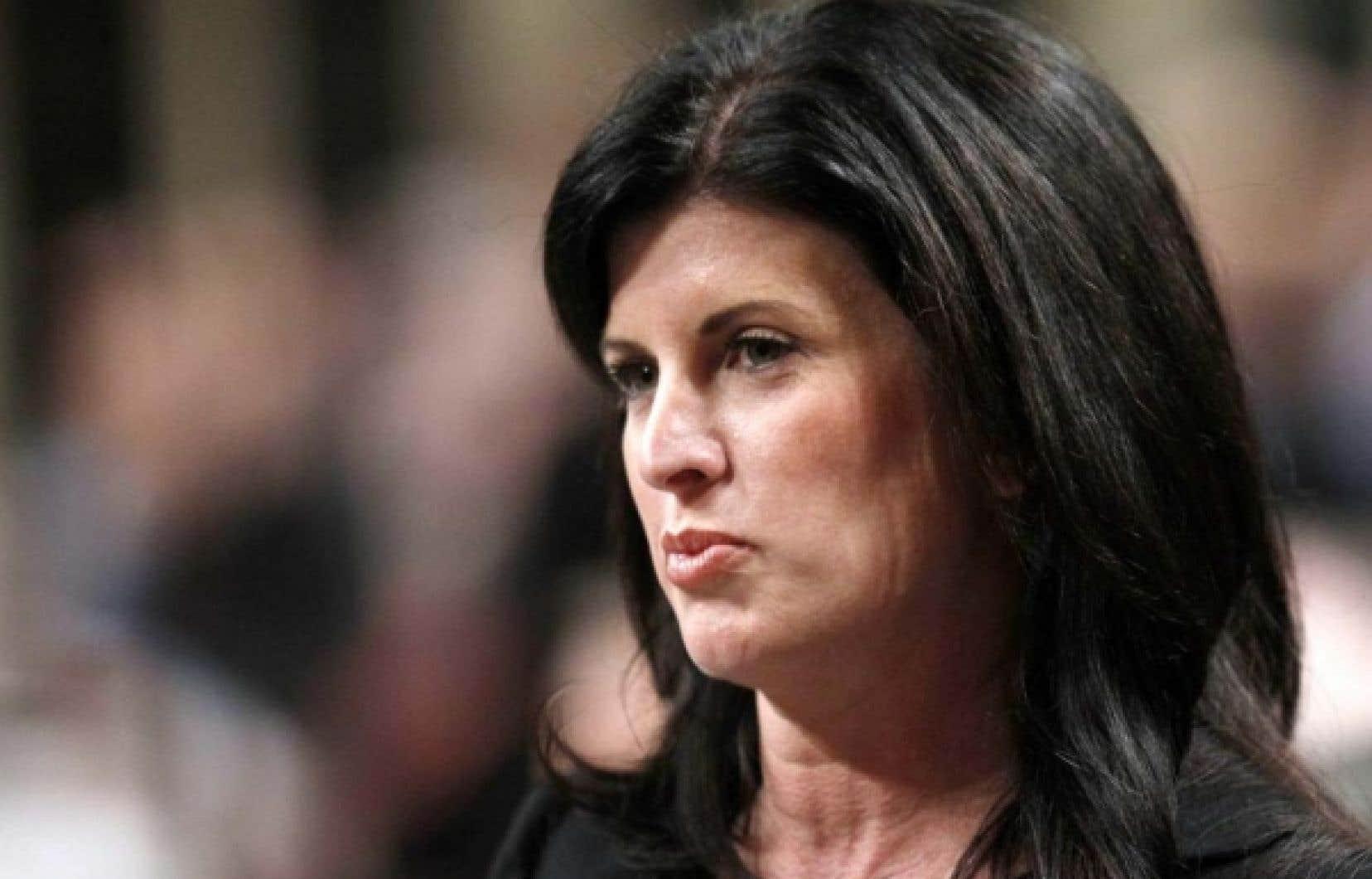 La ministre responsable de la Condition féminine, Rona Ambrose, s'est faite discrète depuis deux jours.