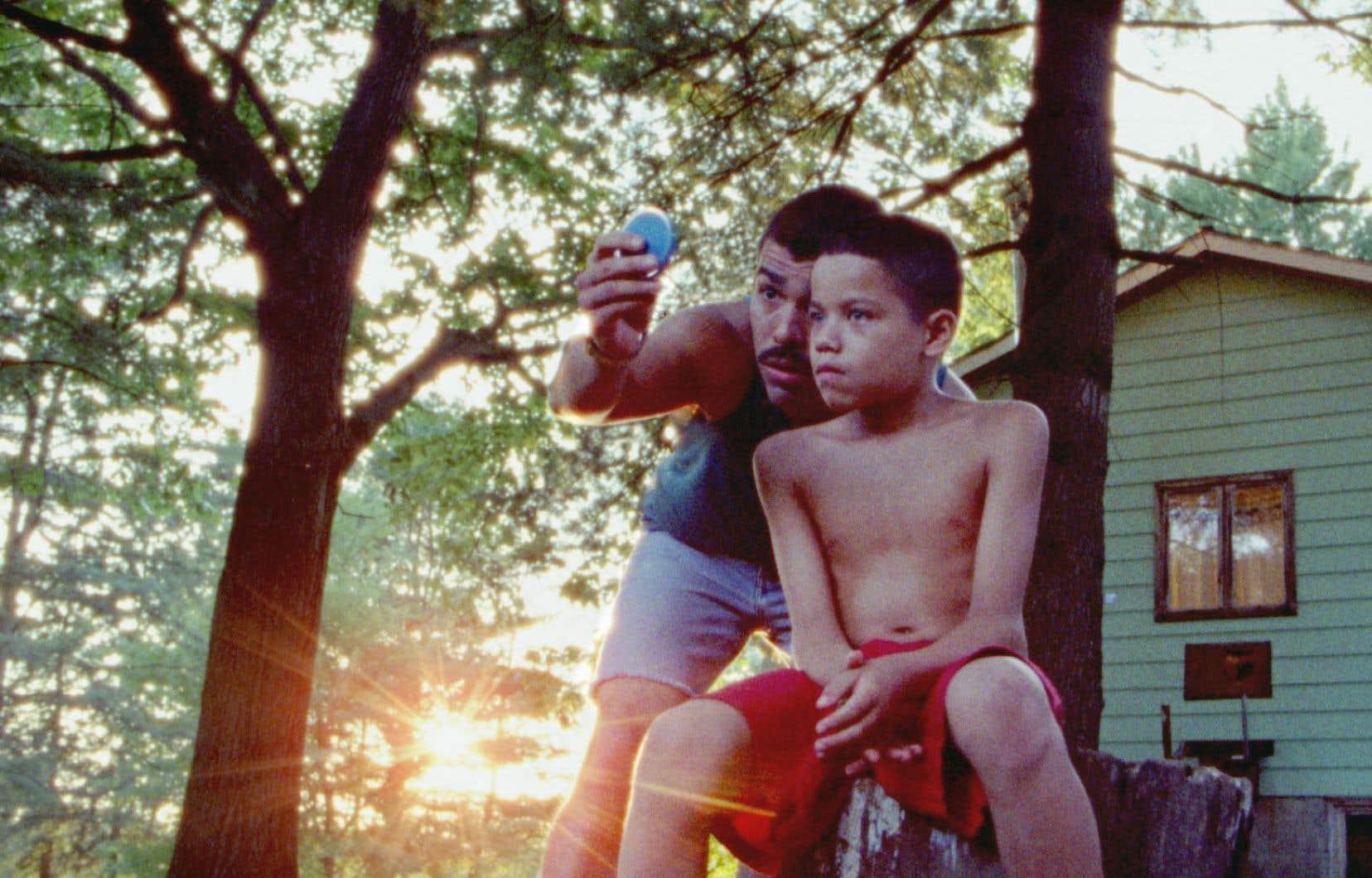 Raùl Castillo avec le jeune Evan Rosado, qui livre une interprétation habitée expertement dirigée.