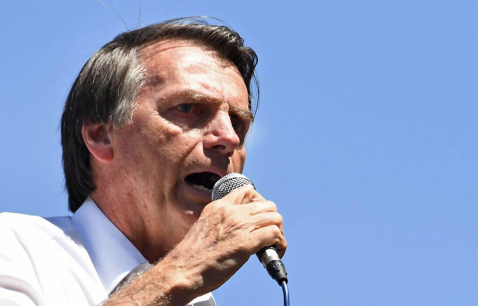 Le candidat à l'élection présidentielle a été attaqué àJuiz de Fora, une localité de 700000 habitants dans l'État du Minais Gerais (au sud-est du pays).