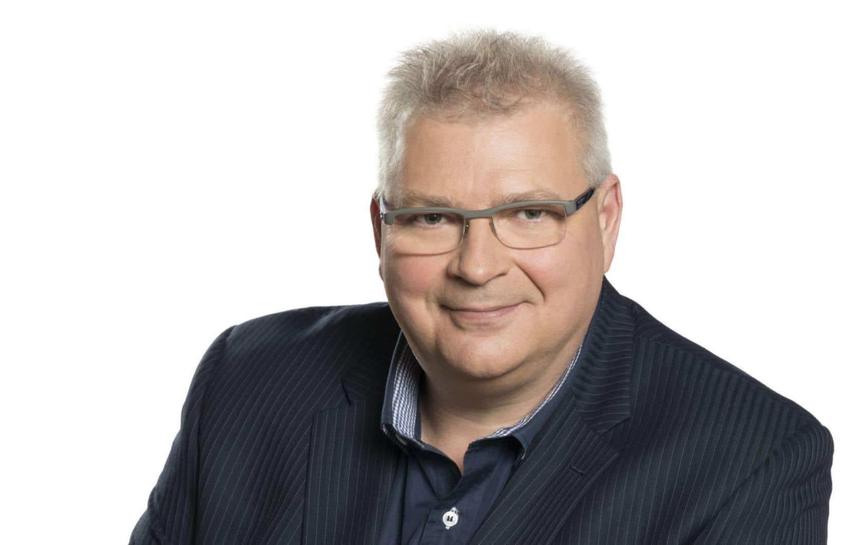 Louis Lemieux a longtemps travaillé à Radio-Canada, qu'il a quittée en 2014.