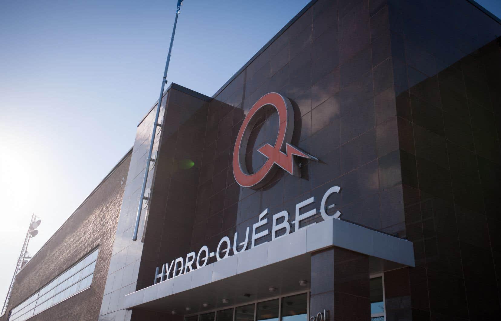 Les ventes d'électricité au Québec sont demeurées stables pour ce qui est du volume, soit 37 TWh, mais Hydro a encaissé 48millions de plus auprès de ses clients.