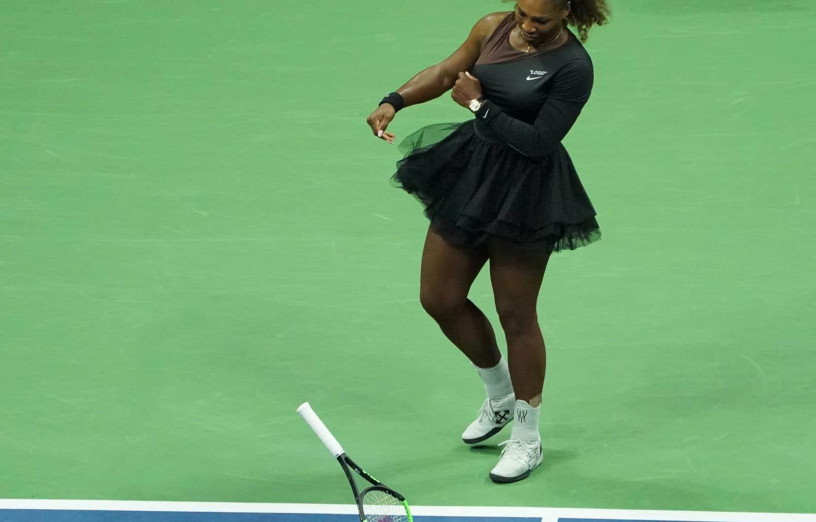 Au cours de sa finale perdue contre la Japonaise Naomi Osaka, Serena Williams avait été avertie pour «coaching», «bris de raquette», puis «insulte».